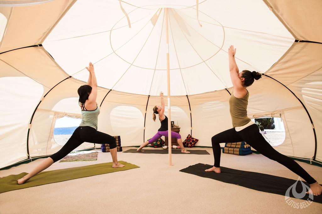 yoga 3 people.jpg