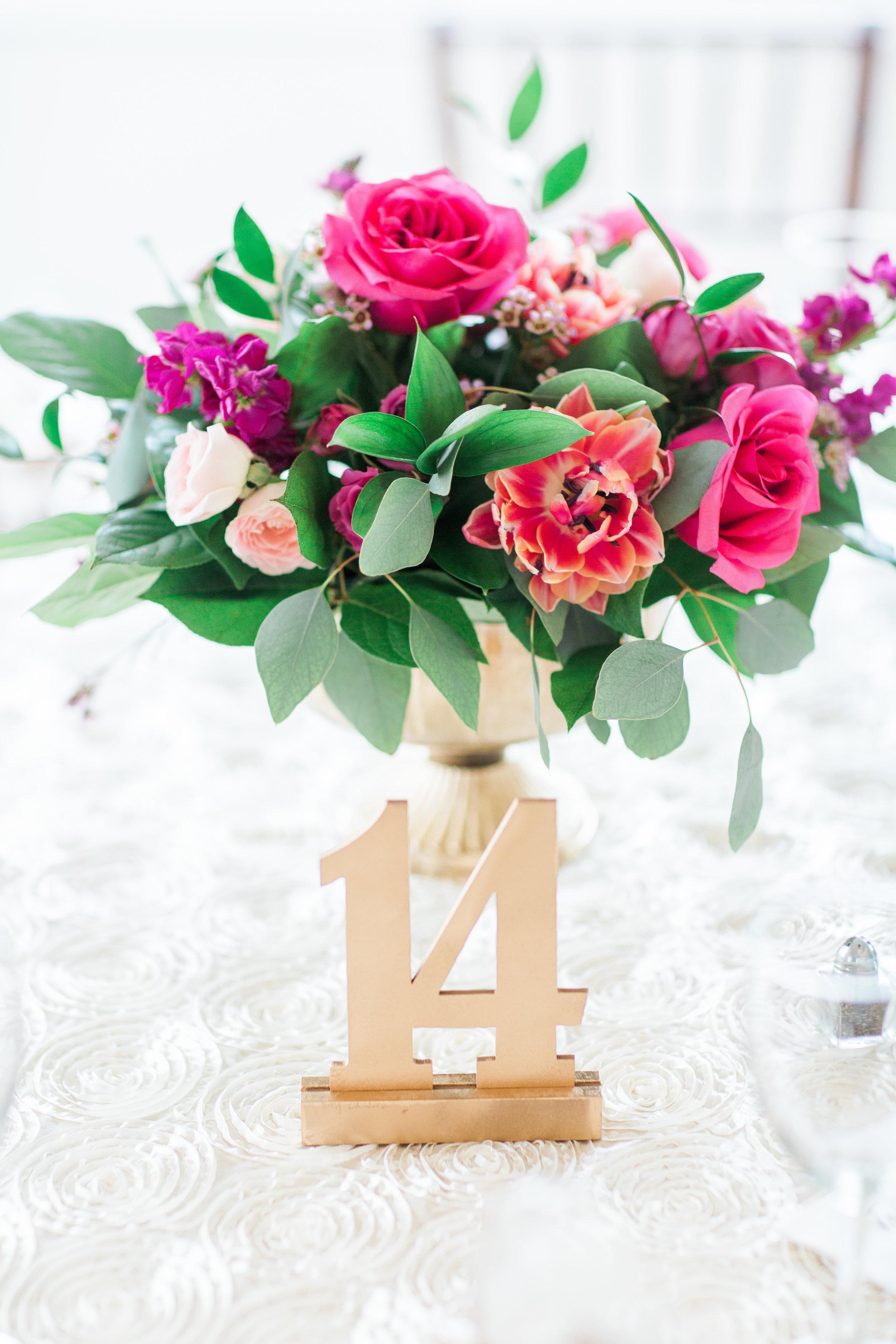 Lost Creek Winery Wedding JR Flowers_(20).jpg