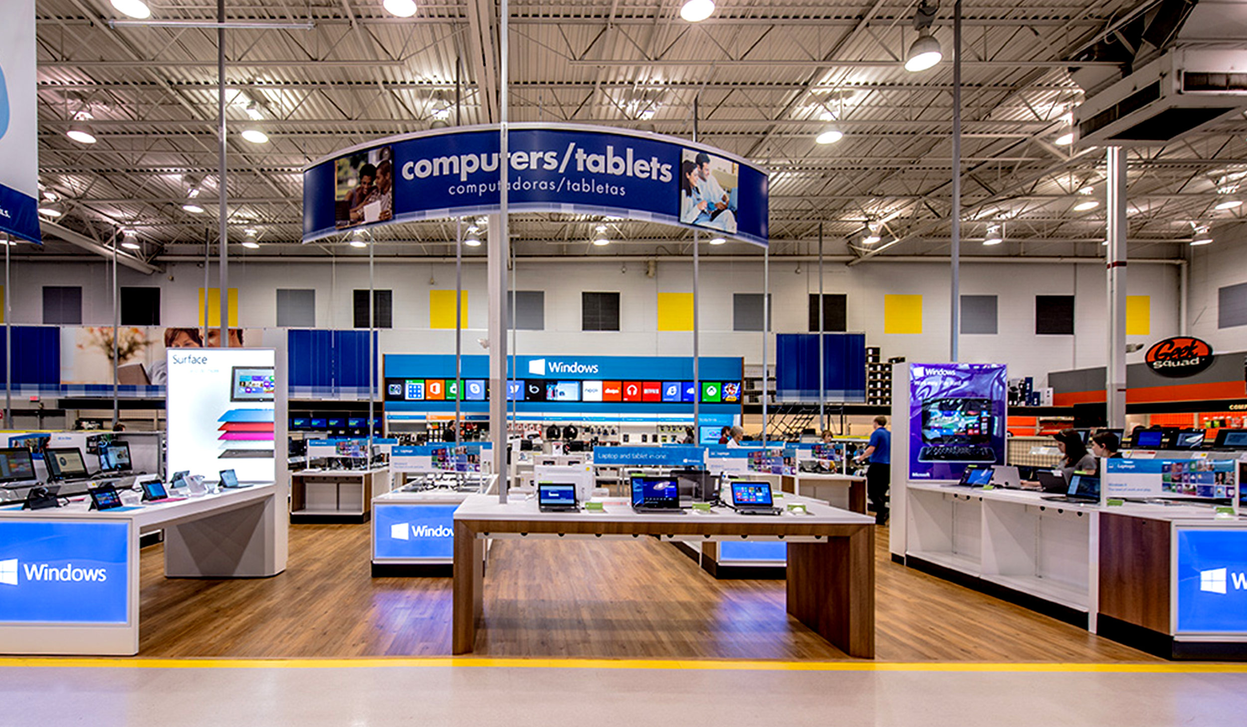 Windows Retail Store at Best Buy - ImagiCorps designed, engineered, fabricated, printed, fulfilled and transported each full kit direct to store.
