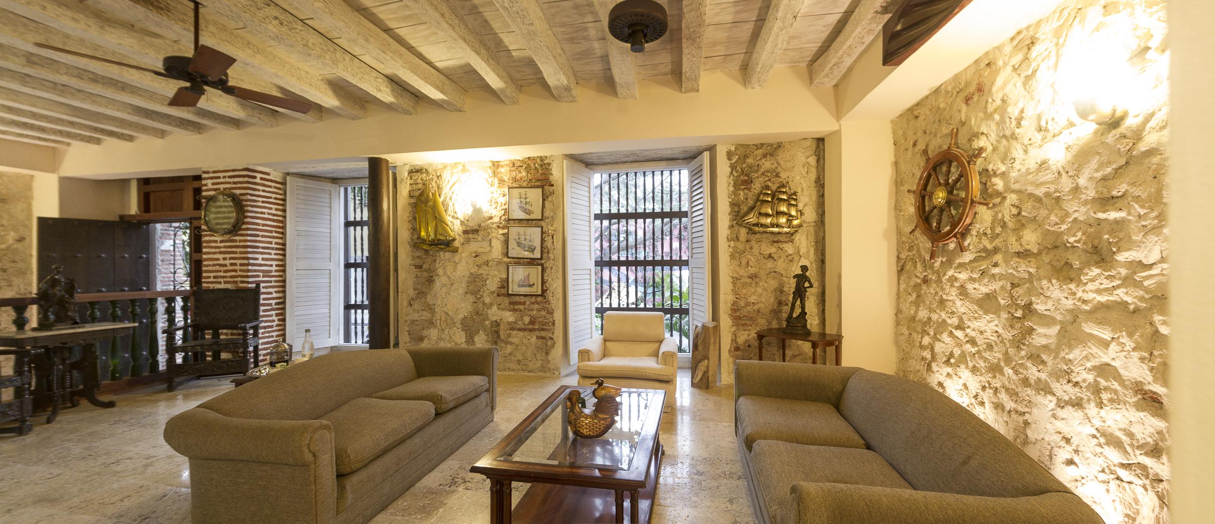 Reception at Casa Pizarro (Photo Credit  Casa Pizarro )