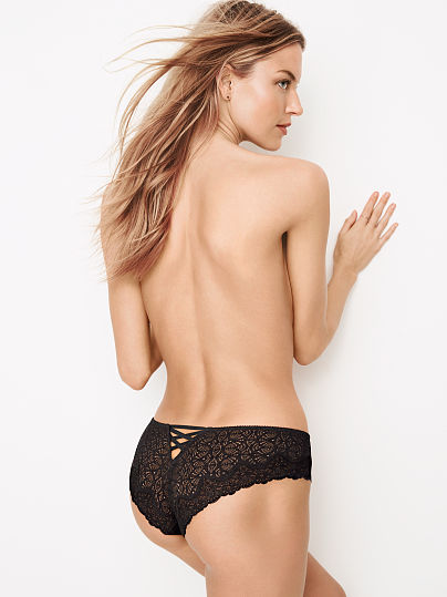 DREAM ANGELS NEW! Chantilly Lace Cheekster Panty