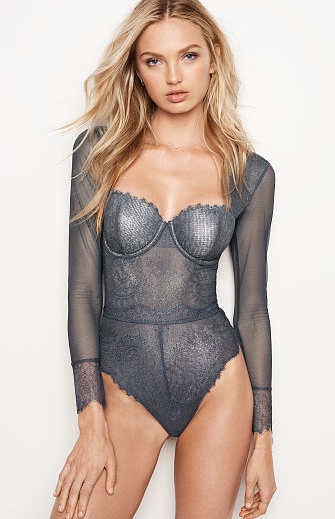 DREAM ANGELS Chantilly Lace Long-sleeve Teddy