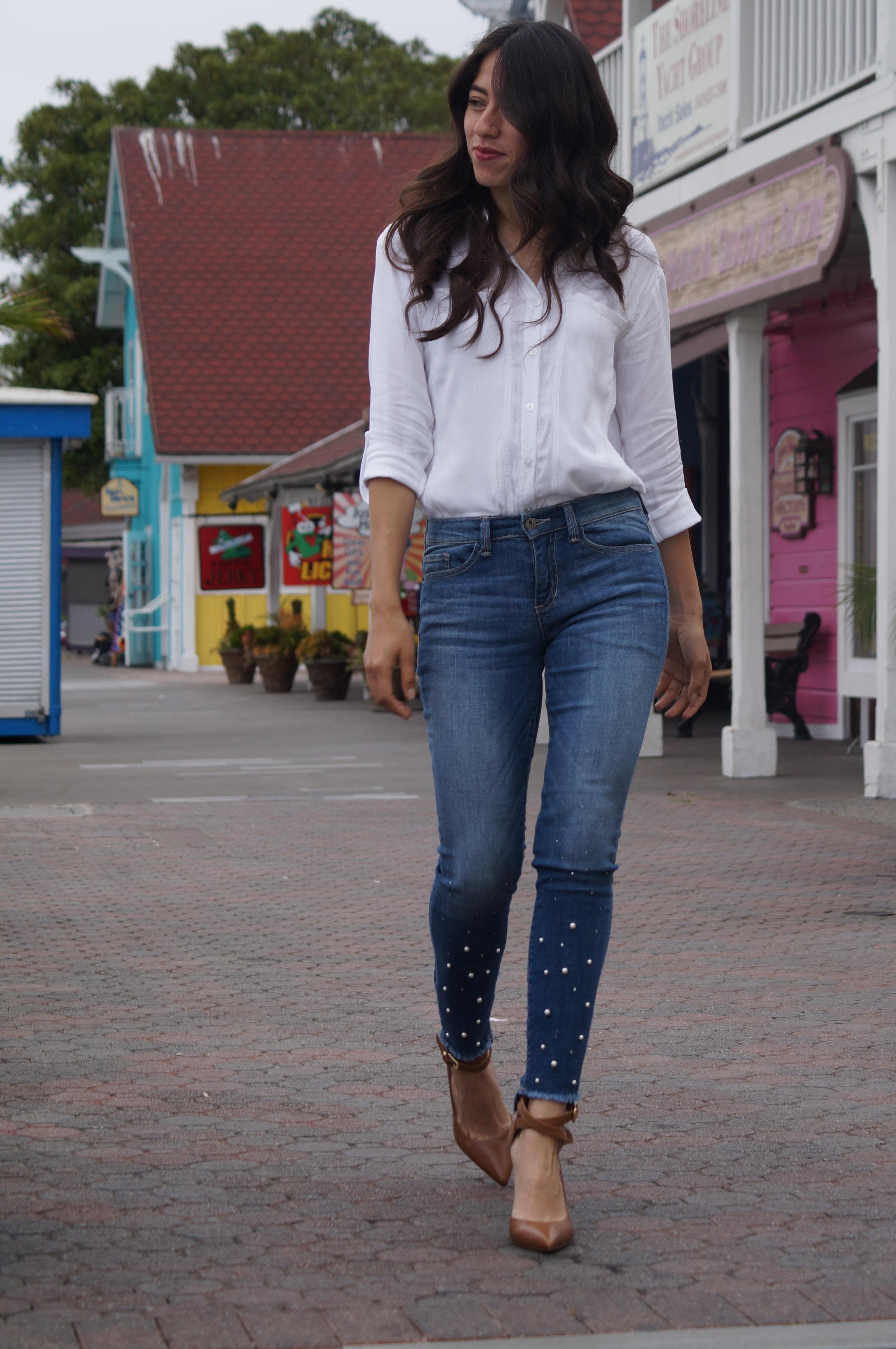 Sneak peak Jeans
