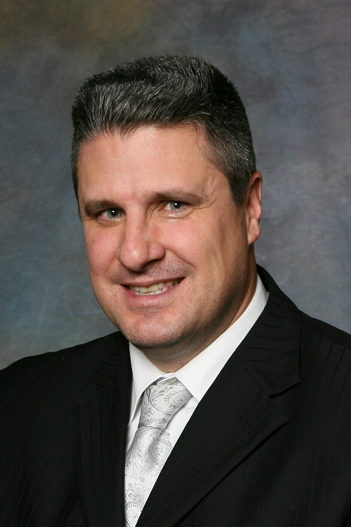 JOHN (JR) RICKERT - JR is the President and founder of JR Sports Enterprises. Originally from New Jersey, JR now makes his home in upstate New York. He has been recognized by the Stanford Corporation as one of the most successful entrepreneurs in the country and as one of the most accomplished individuals under the age of 40 by the Albany Business Review. Now, with a 20-year track record in negotiations, JR has successfully negotiated more than $500 million in professional contracts and endorsements. JR prides himself on a level of service and personal touch for each and every client that he and his team represent. JR is one of the very few agents in the entire country who had an active client in the NFL, MLB, and NBA in the same year. JR has successfully negotiated over 50 rookie contracts in the NFL, Major League Baseball and Professional Basketball Leagues, as well as over 250 professional sports contracts.
