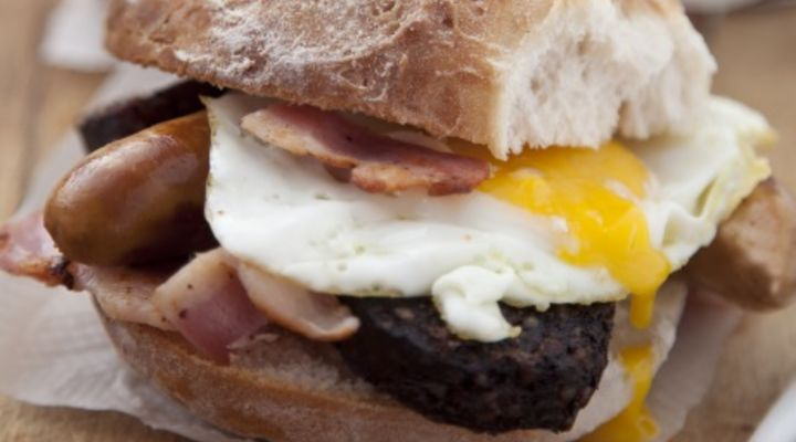 sausage-bacon-egg-sandwich-recipe.jpg
