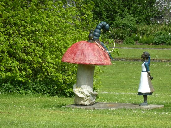 loughcrew-gardens.jpg