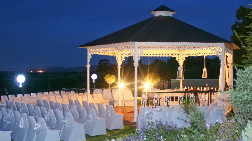 La Plume - Wedding - Gazebo.jpg