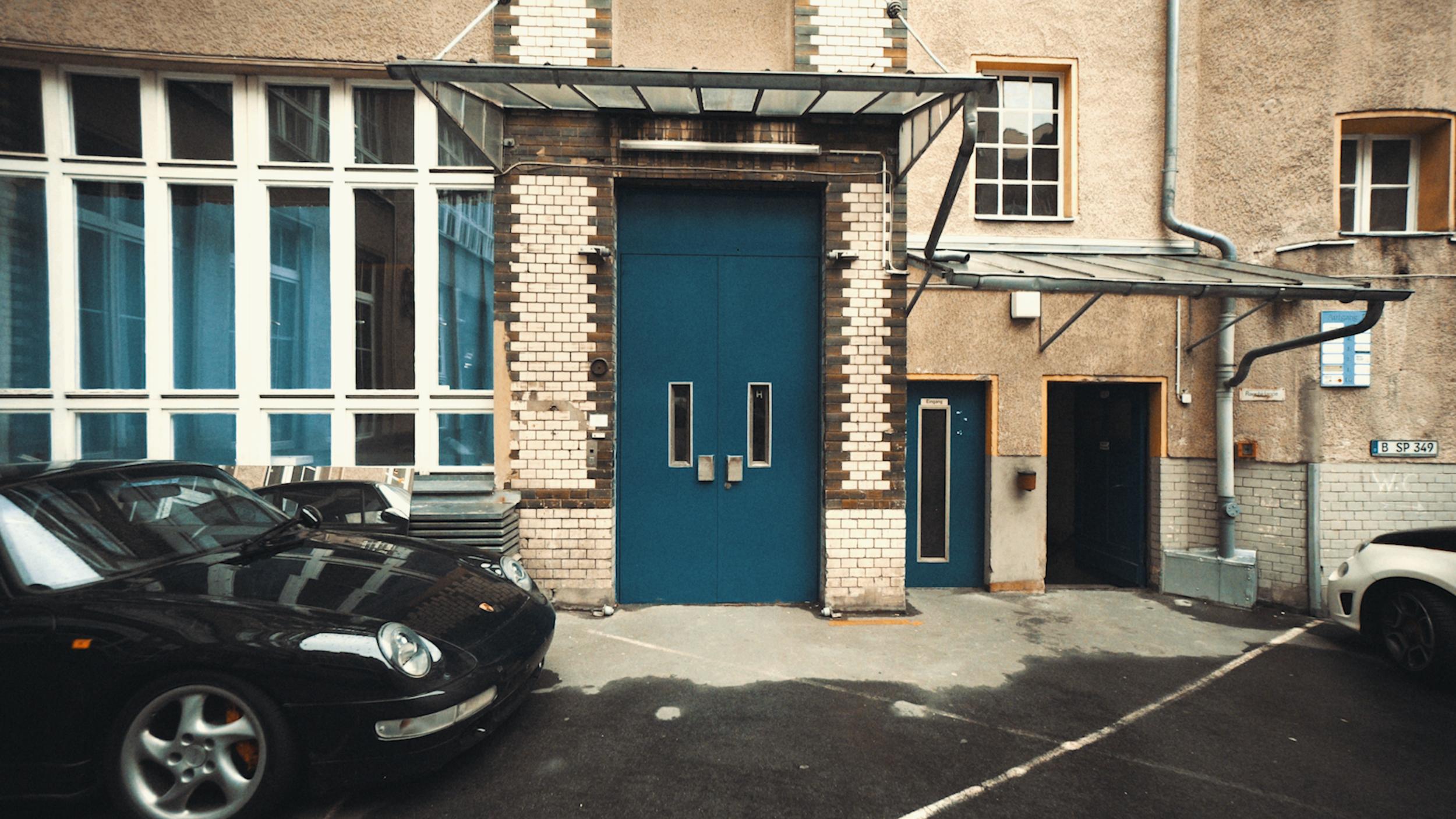Doors of Berlin 180405-2.00_00_06_08.Still002.png