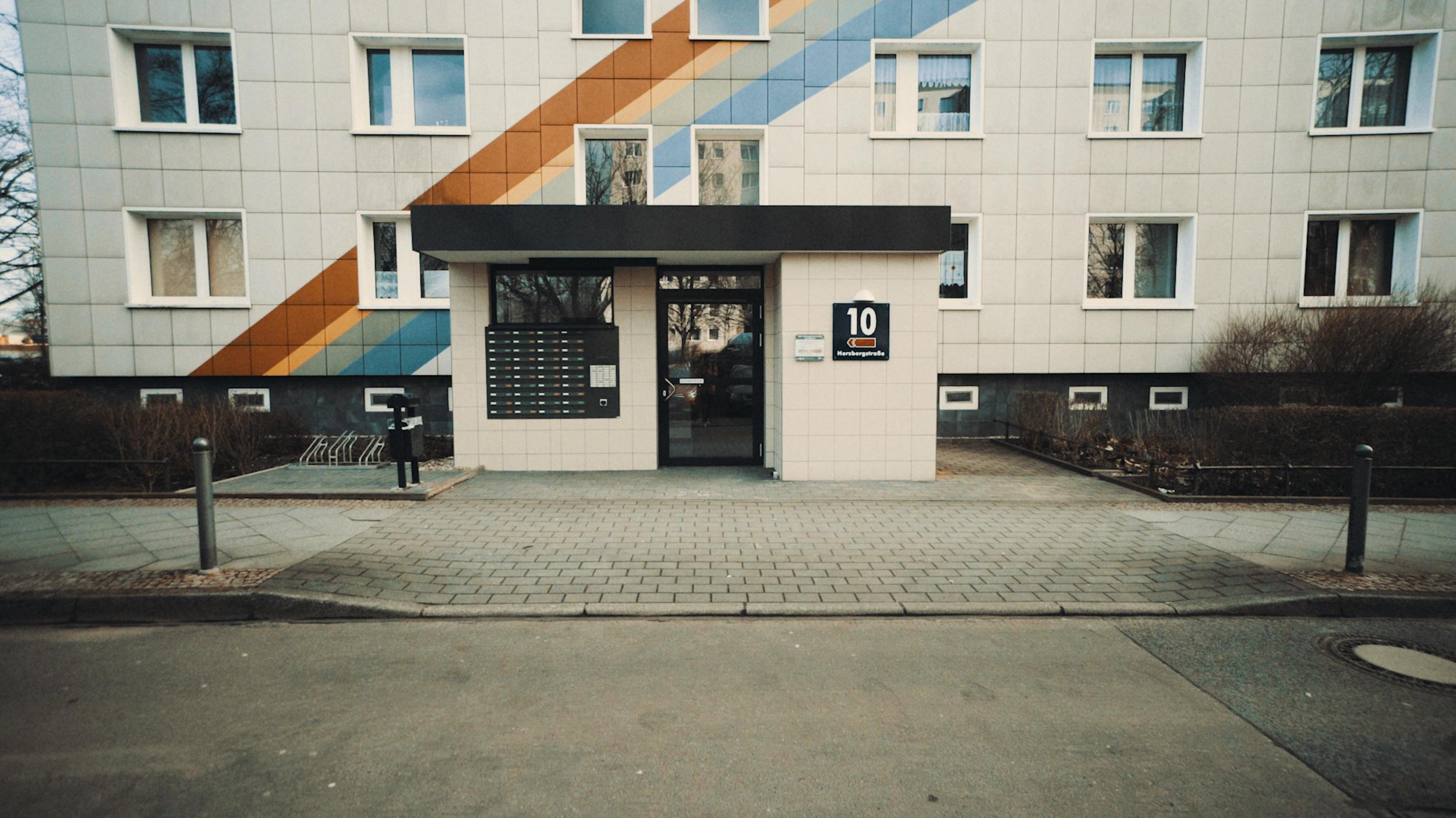 Doors of Berlin 180405-2.00_00_33_11.Still014.png