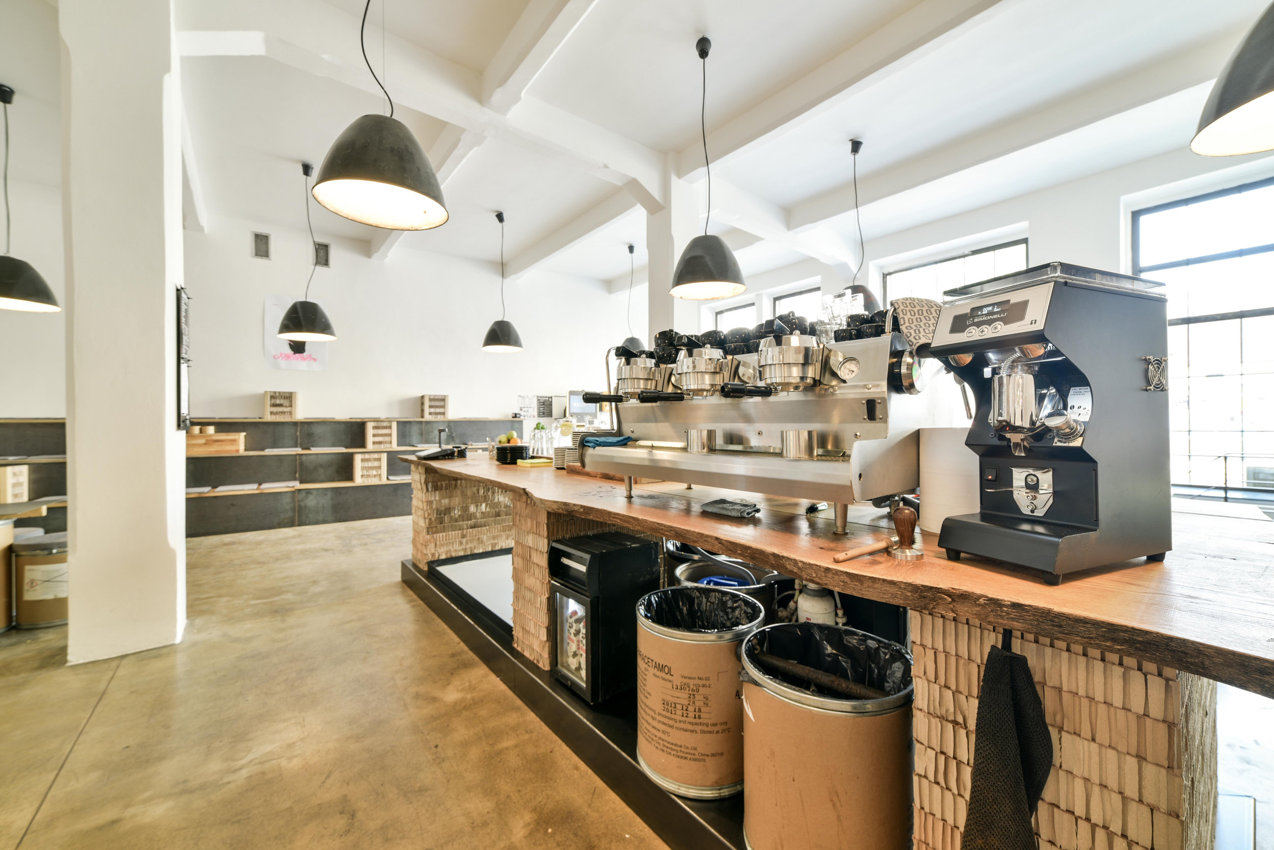 bitcoin cafe)