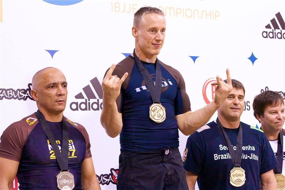 gold-no-gi-champion.jpg