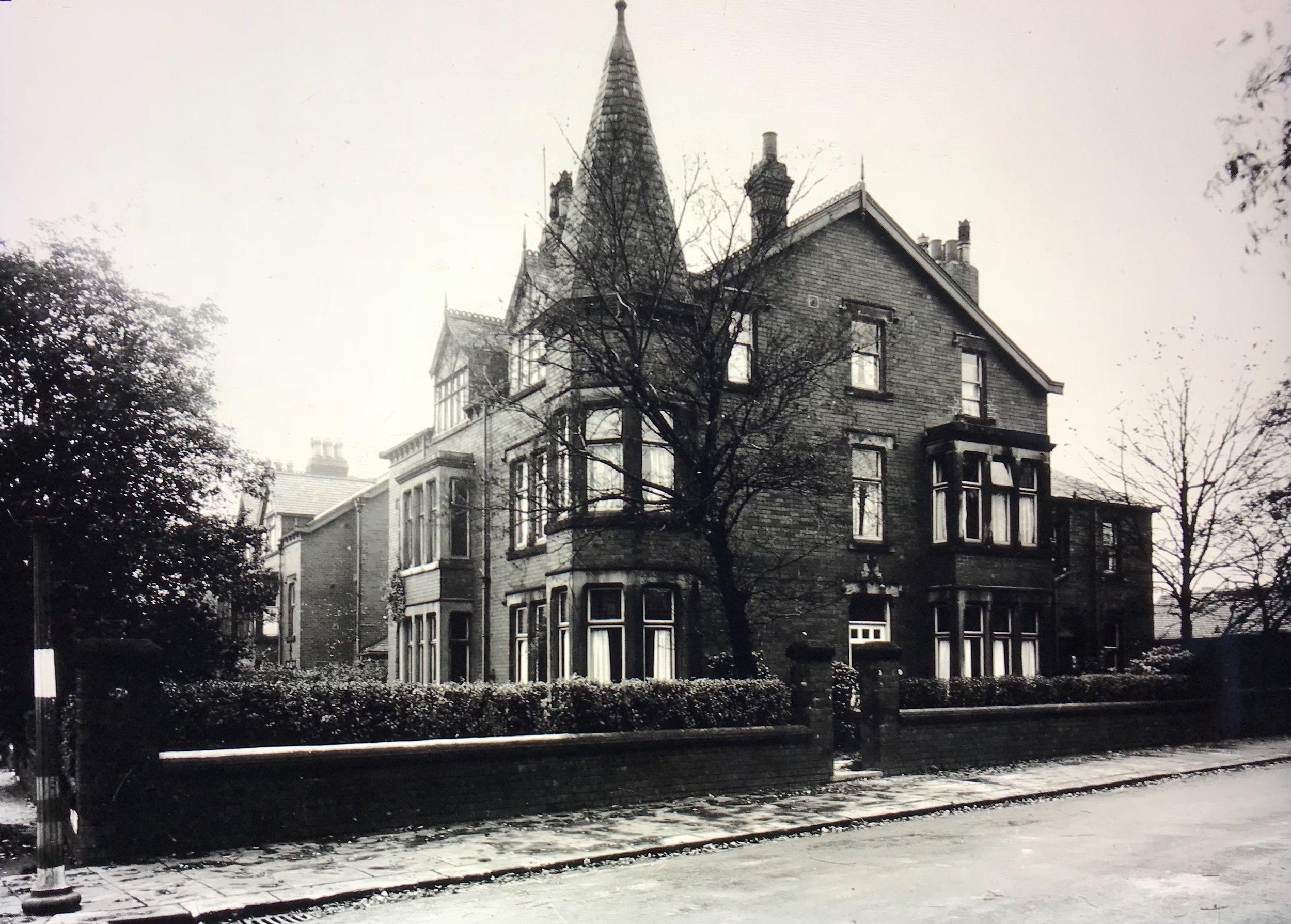 Spen Road / Darnley Road