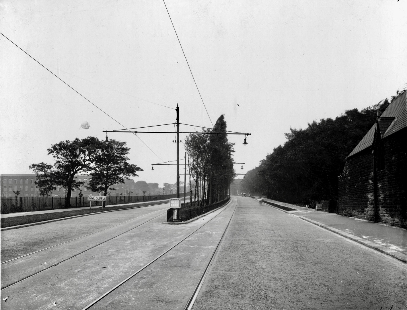 Otley Road and Lawnswood School