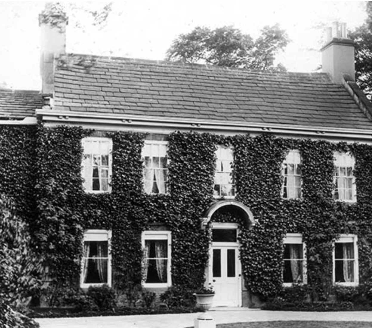 Old Manor House (demolished 1900, for terrace development)