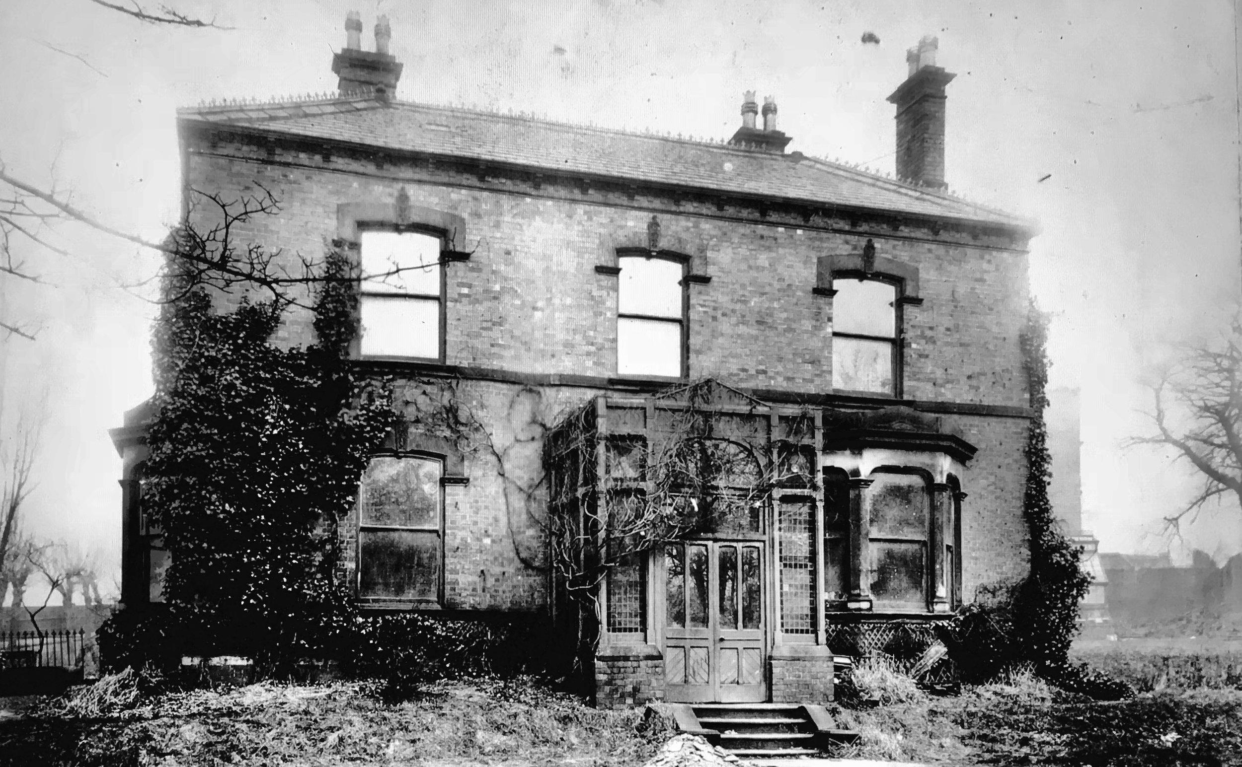 Red House, Bainbrigge Road/Cardigan Road (demolished)