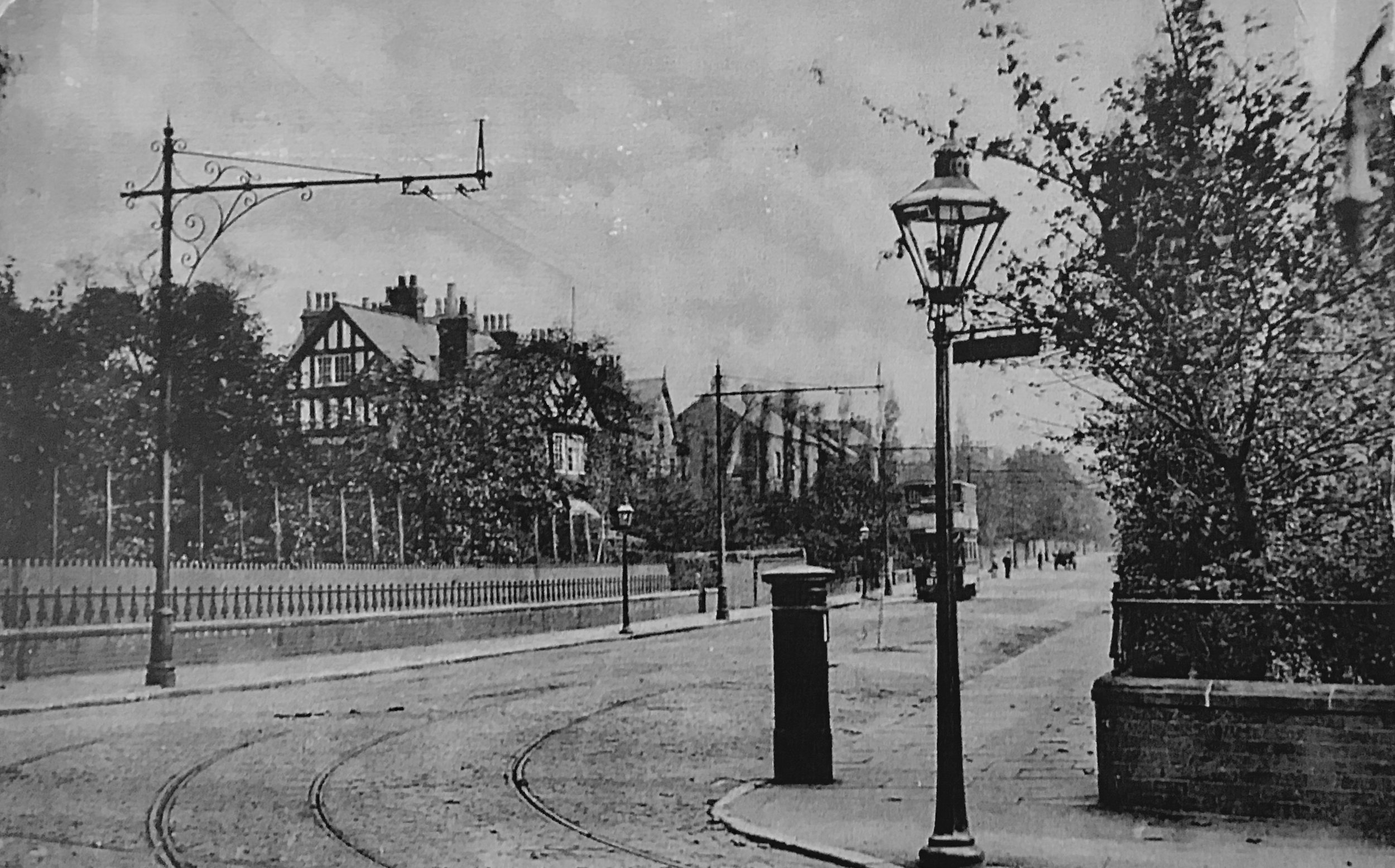 Victoria Road, junction with Cardigan Road
