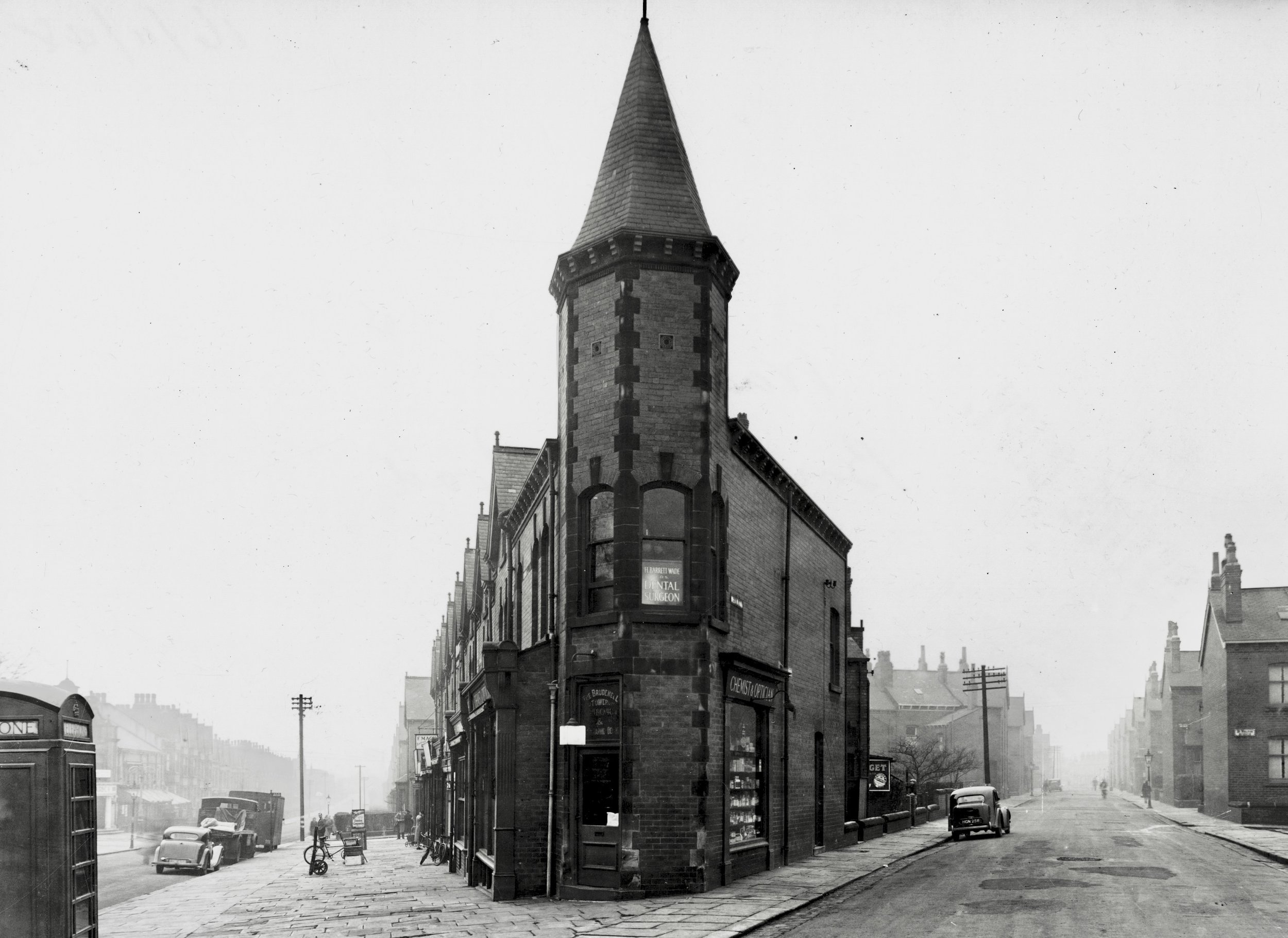 Brudenell Road and Welton Road