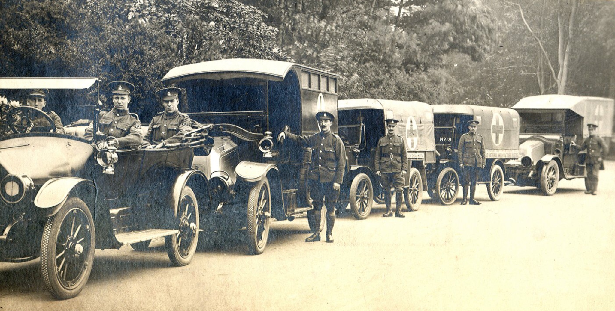 Ambulances ready to ferry patients, c1917