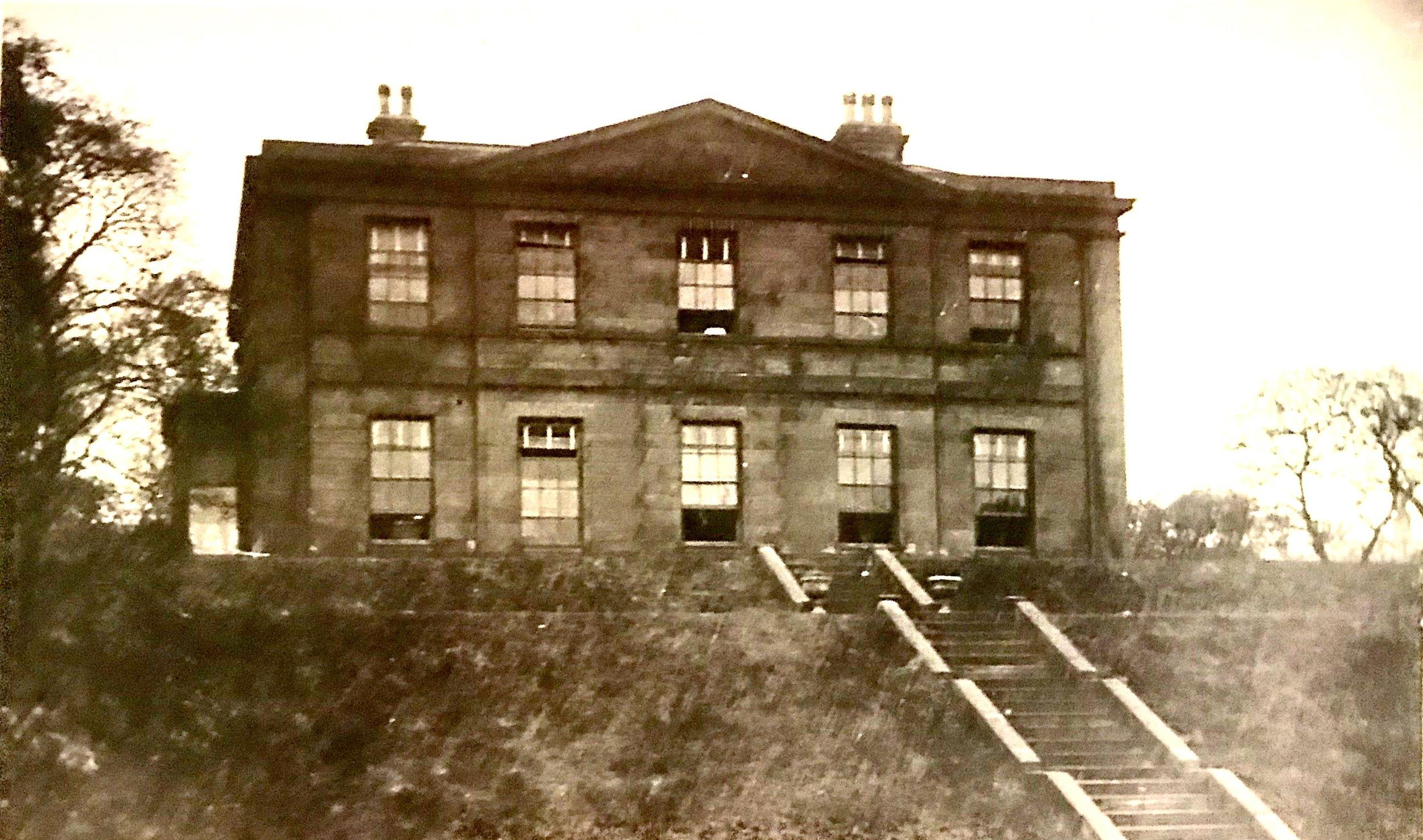 Buckingham House (men's hostel), temporary College, 1909