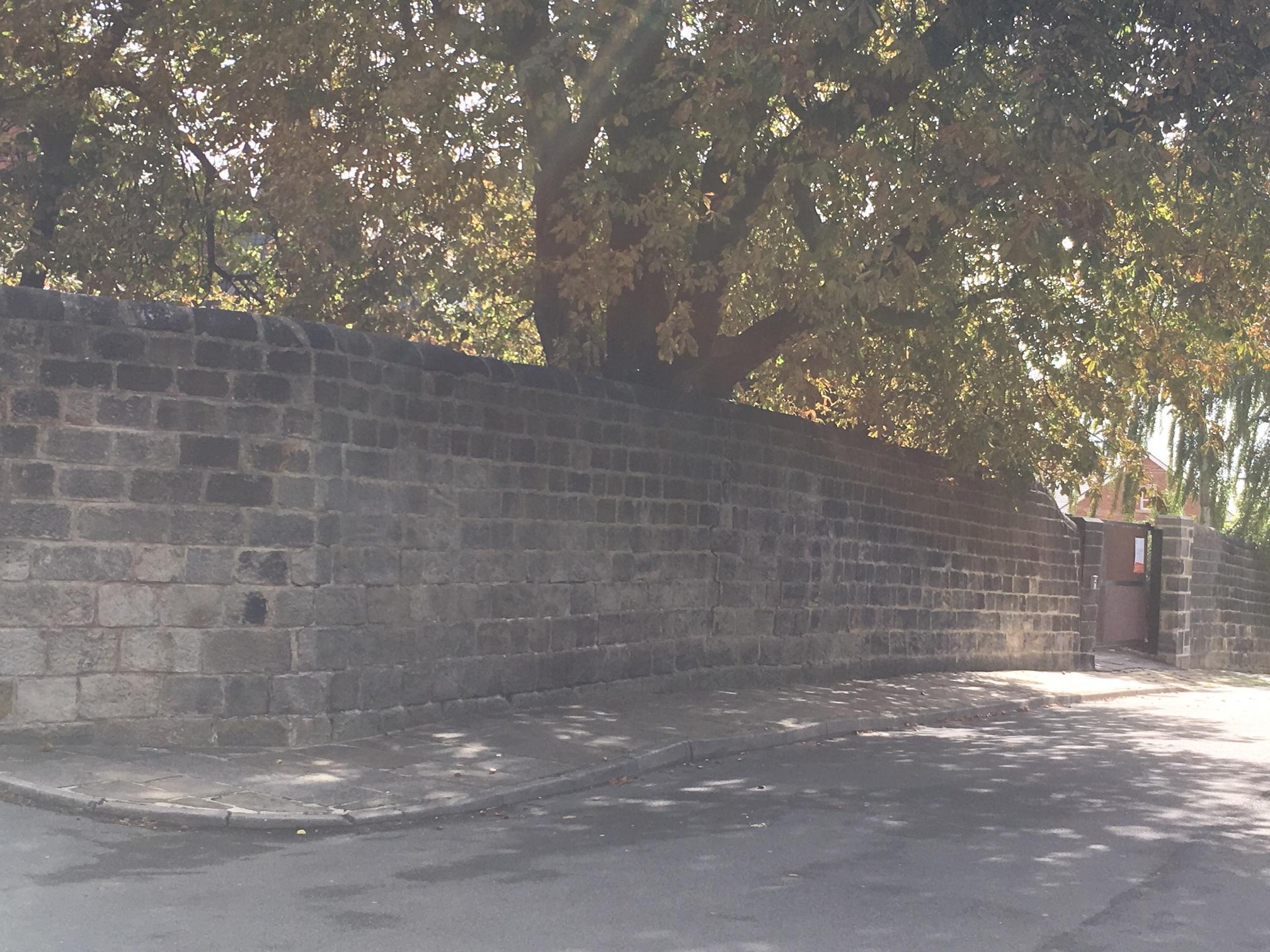 The Garden Wall, western exterior, Chapel Lane