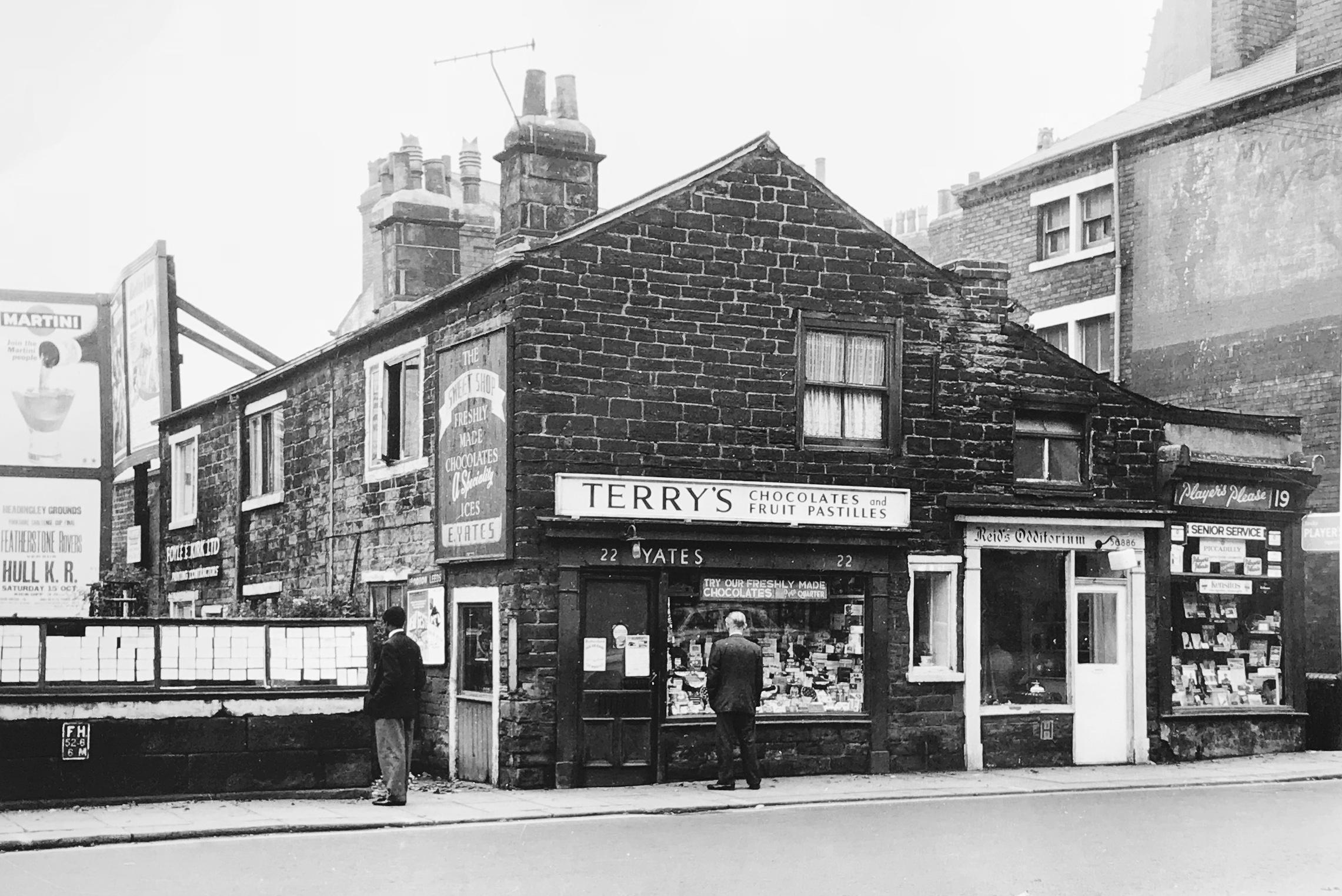 Hyde Park Corner, Woodhouse Lane, c1960