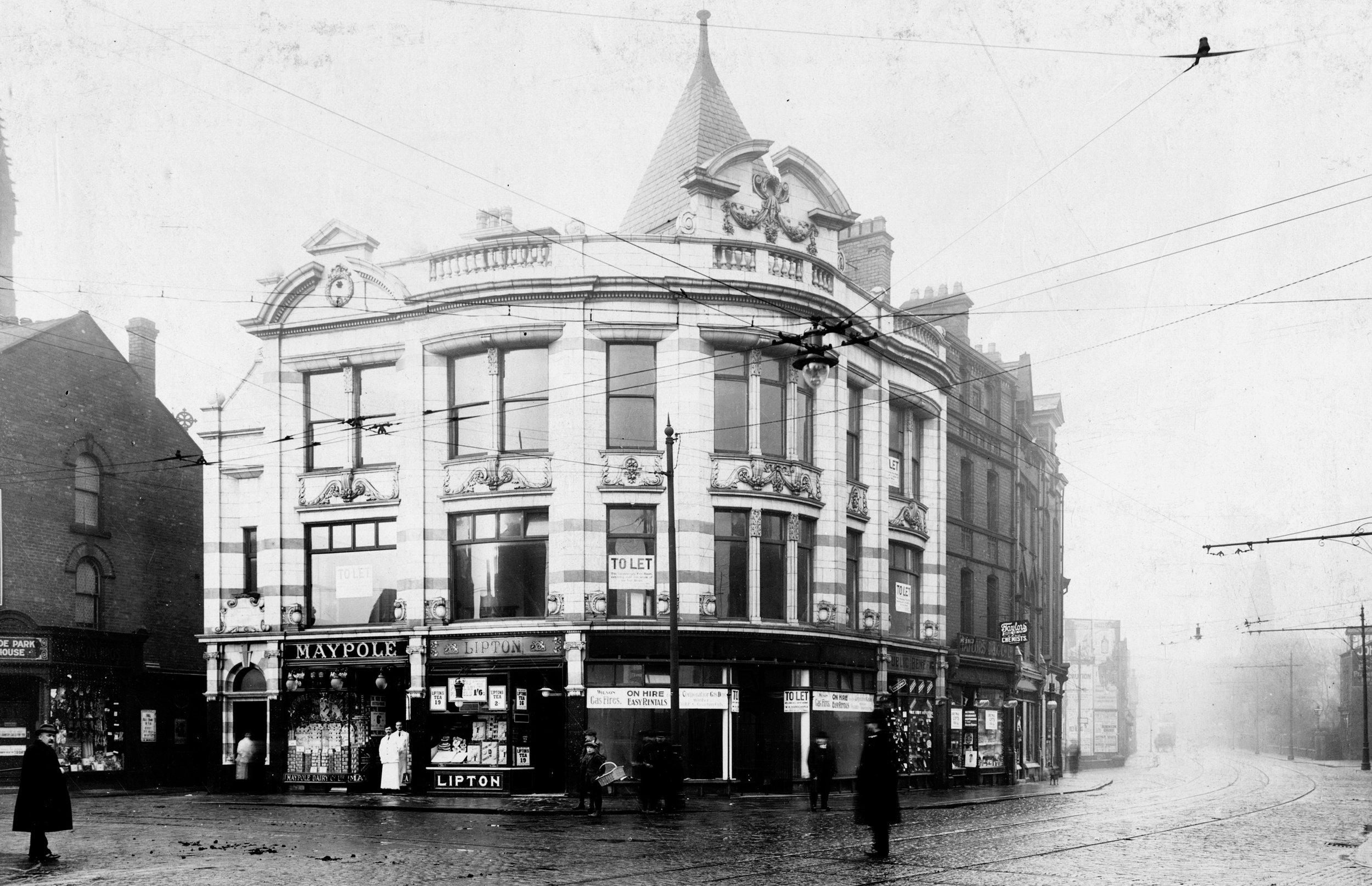 Corner of Hyde Park Road and Headingley Lane, 1915