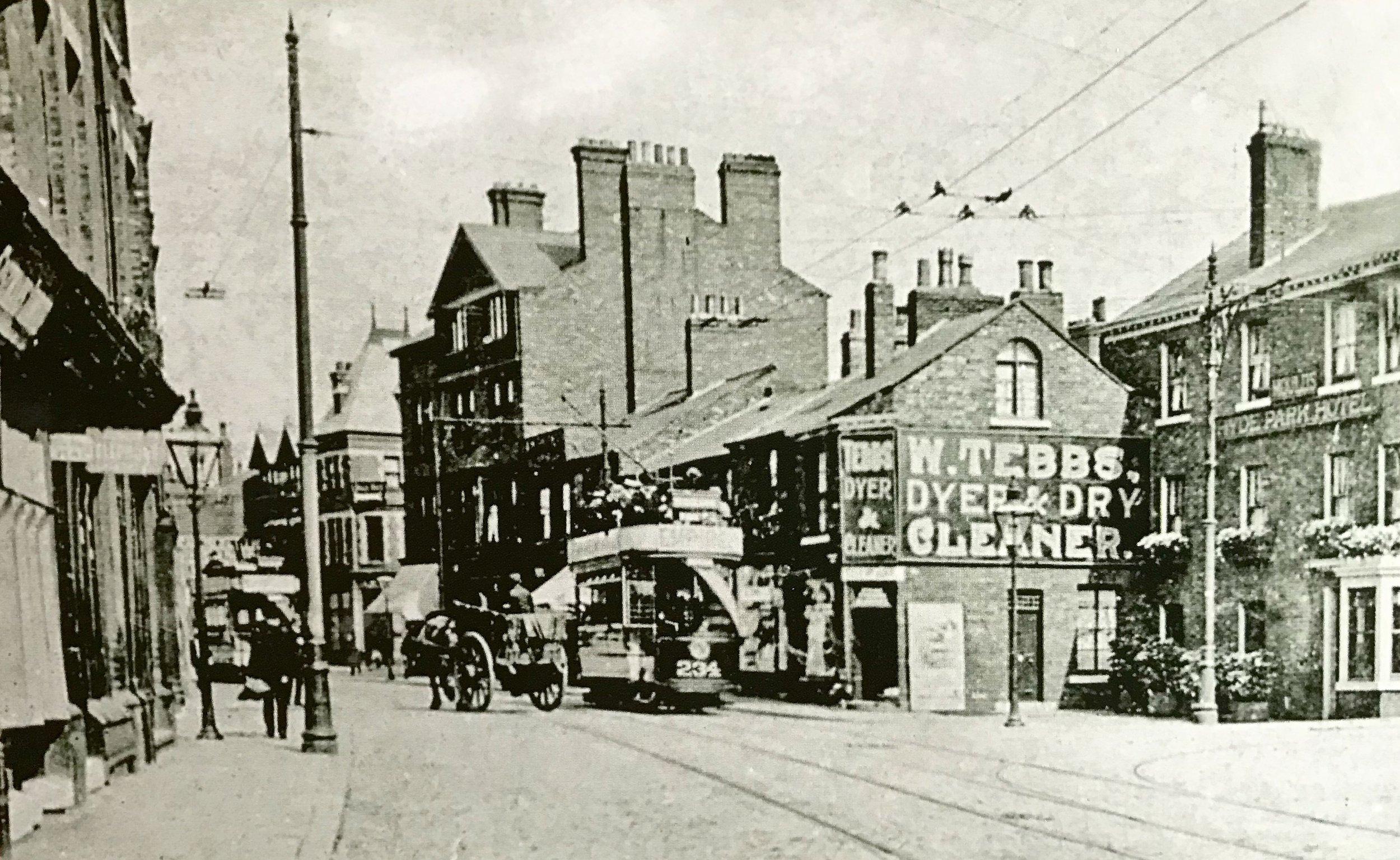 Hyde Park Corner, Headingley Lane, 1905