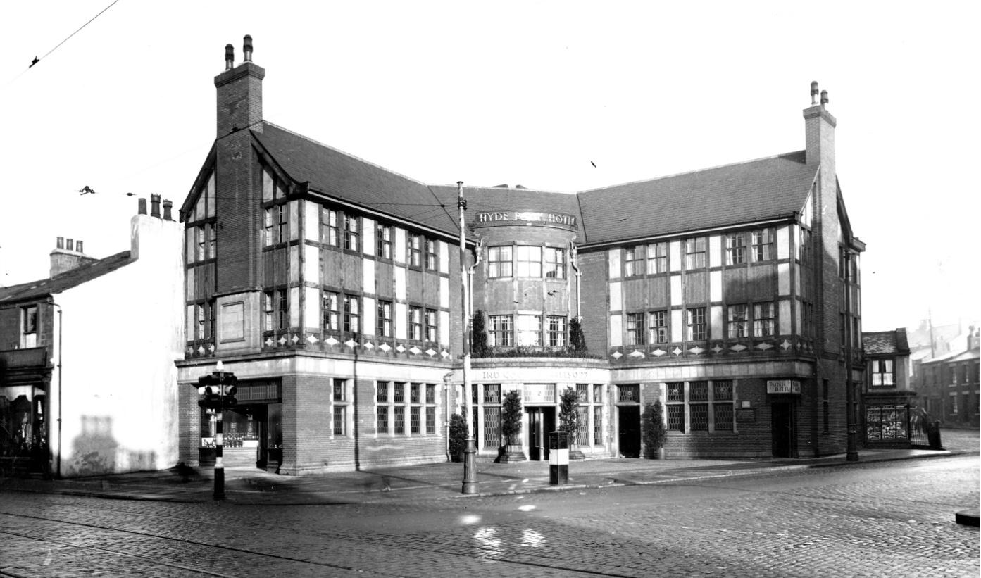 Hyde Park Hotel, Hyde Park Corner, 1937