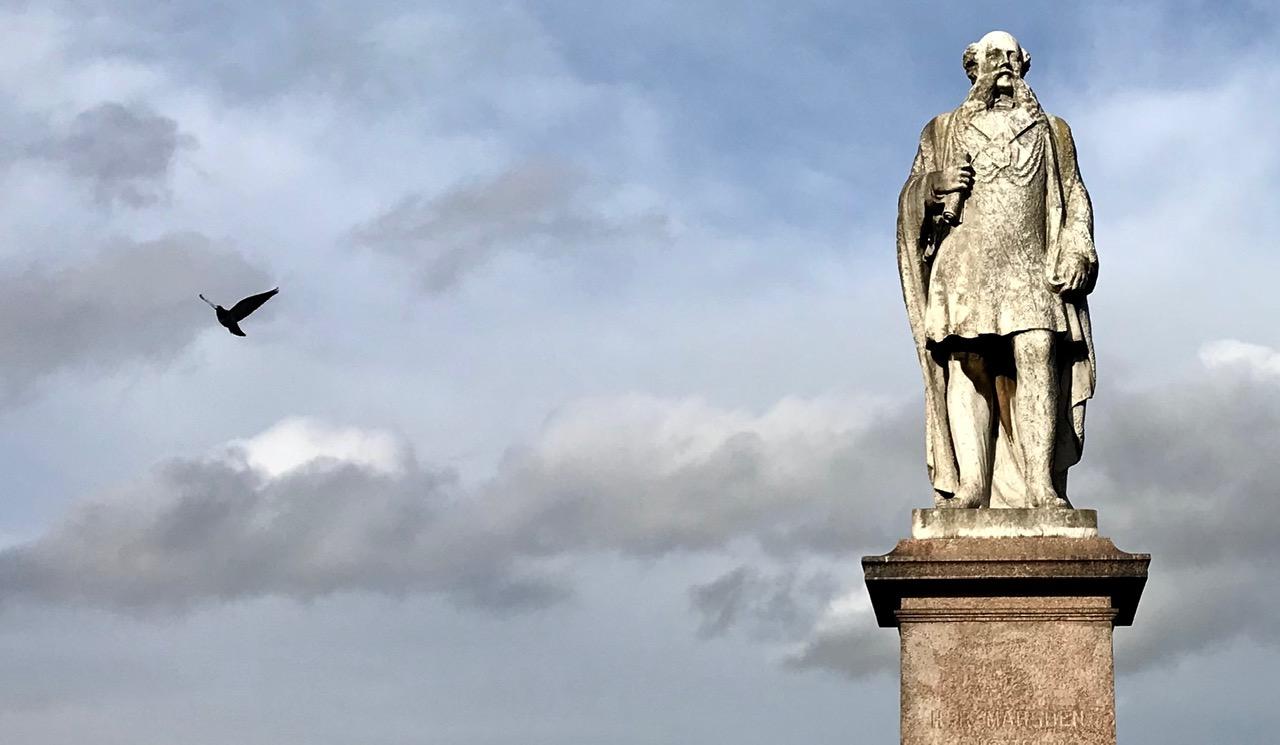 Henry Marsden Statue, Monument Moor © HP