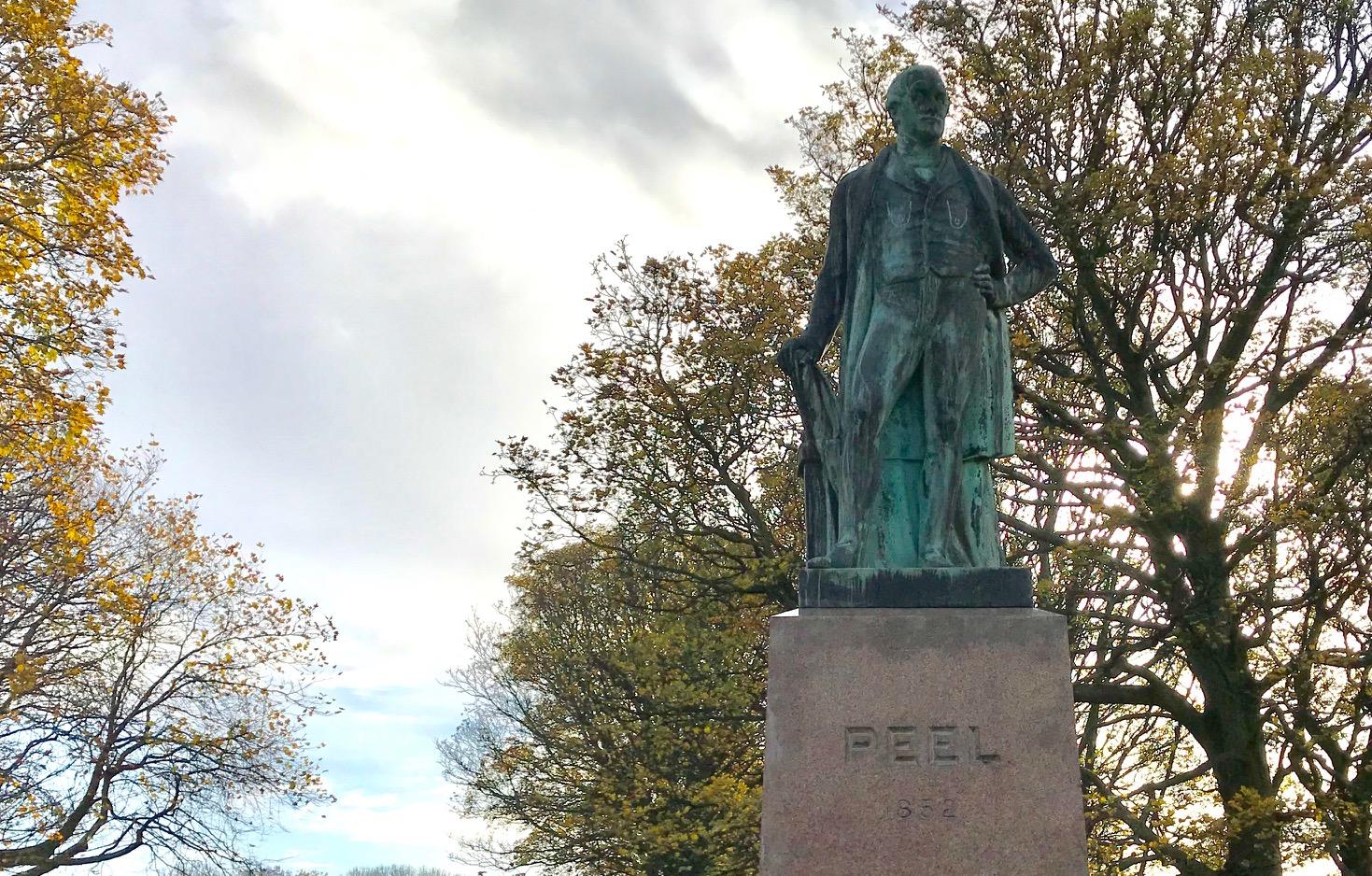 Sir Robert Peel Statue, Woodhouse Moor © HP