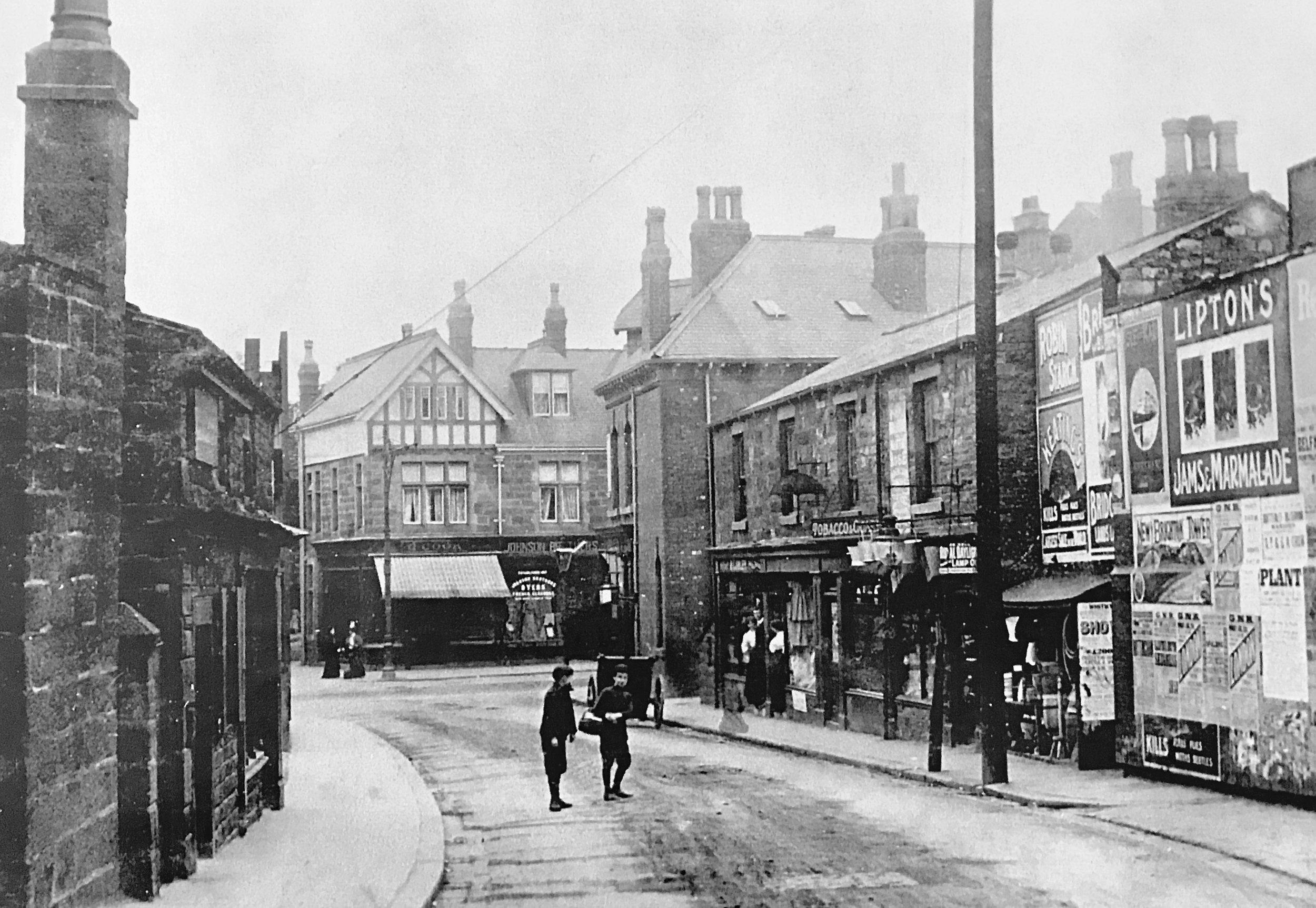 North Lane towards Otley Road, circa 1905