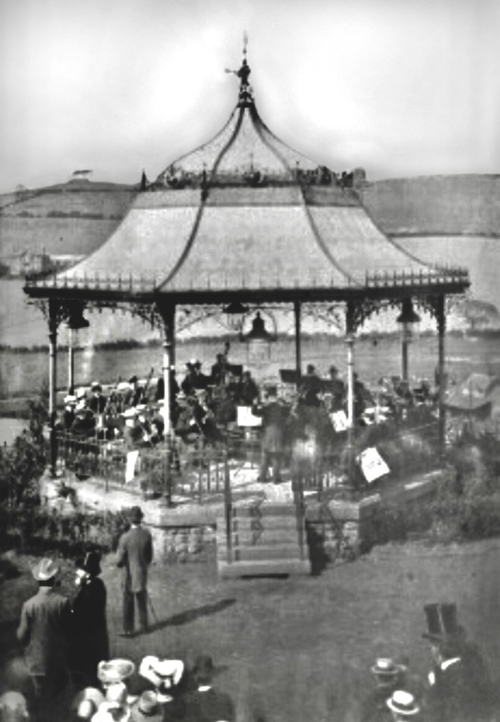 Bandstand, Woodhouse Ridge, early 1900s