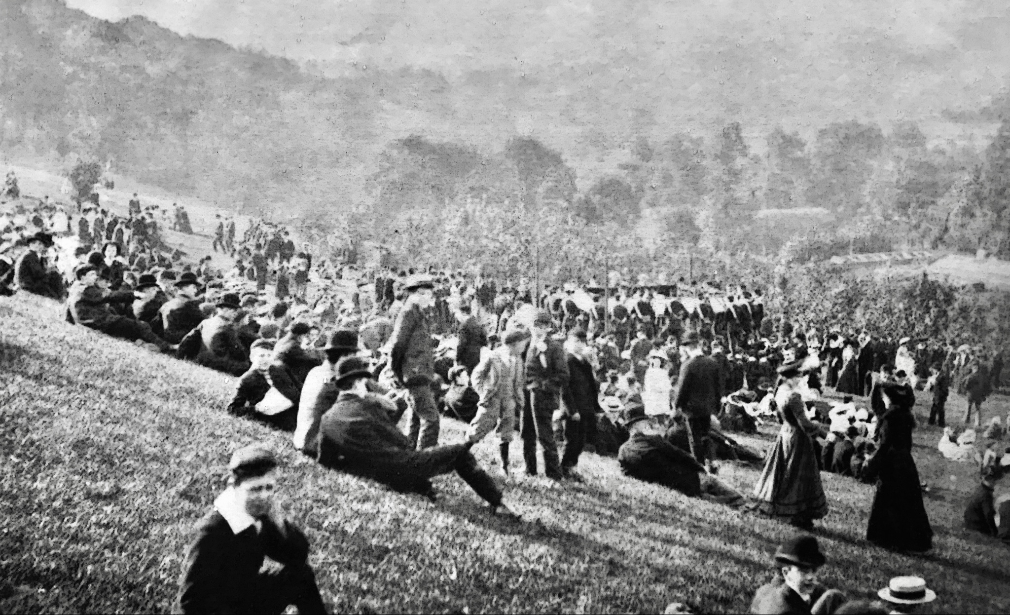 Woodhouse Ridge, with Bandstand and Visitors, early 1900s