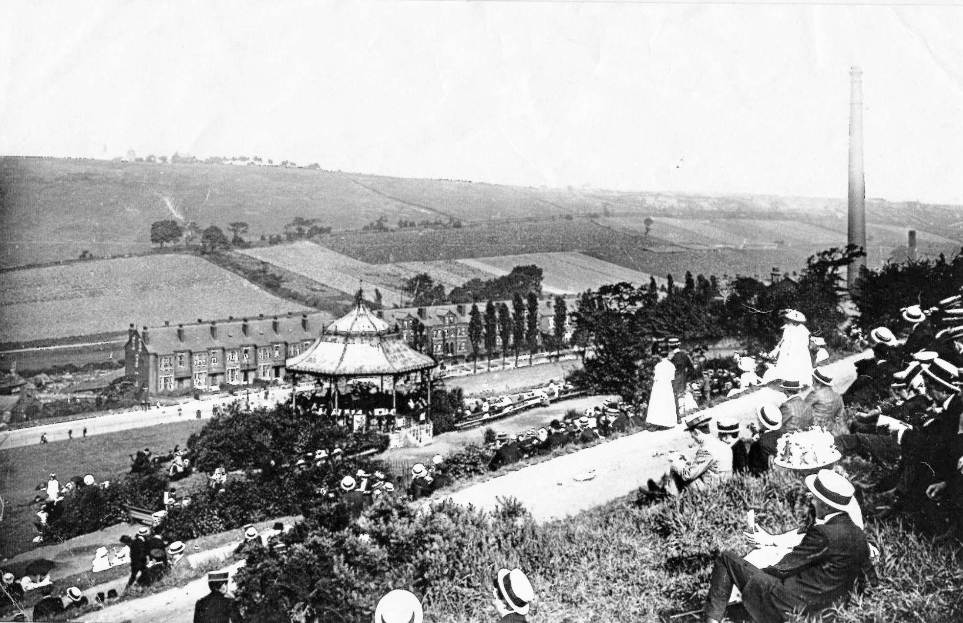 Woodhouse Ridge, with Bandstand, early 1900s