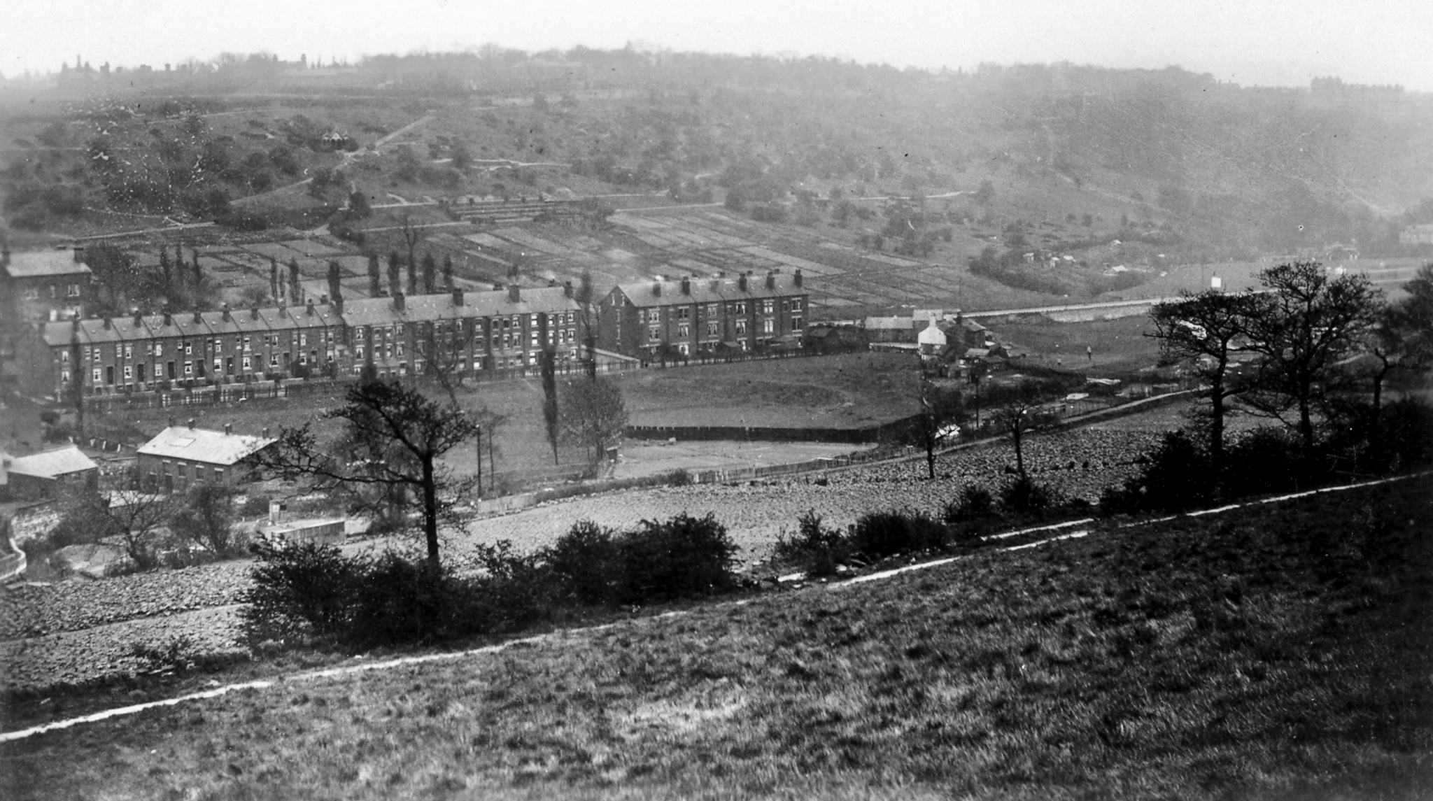 Woodhouse Ridge and Meanwood Road, from Sugarwell Hill, undated