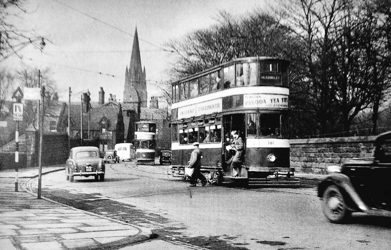 Headingley Lane, approaching Headingley Centre, 1956