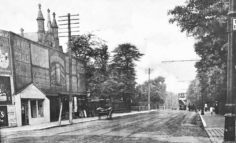 Otley Road, leaving Headingley Centre, 1905