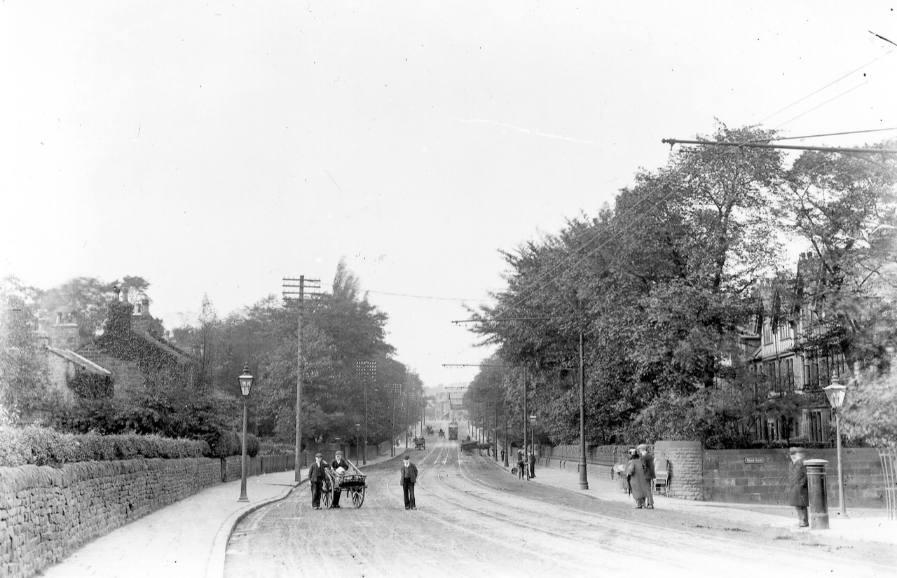 Otley Road, at Shaw Lane, Far Headingley, 1904