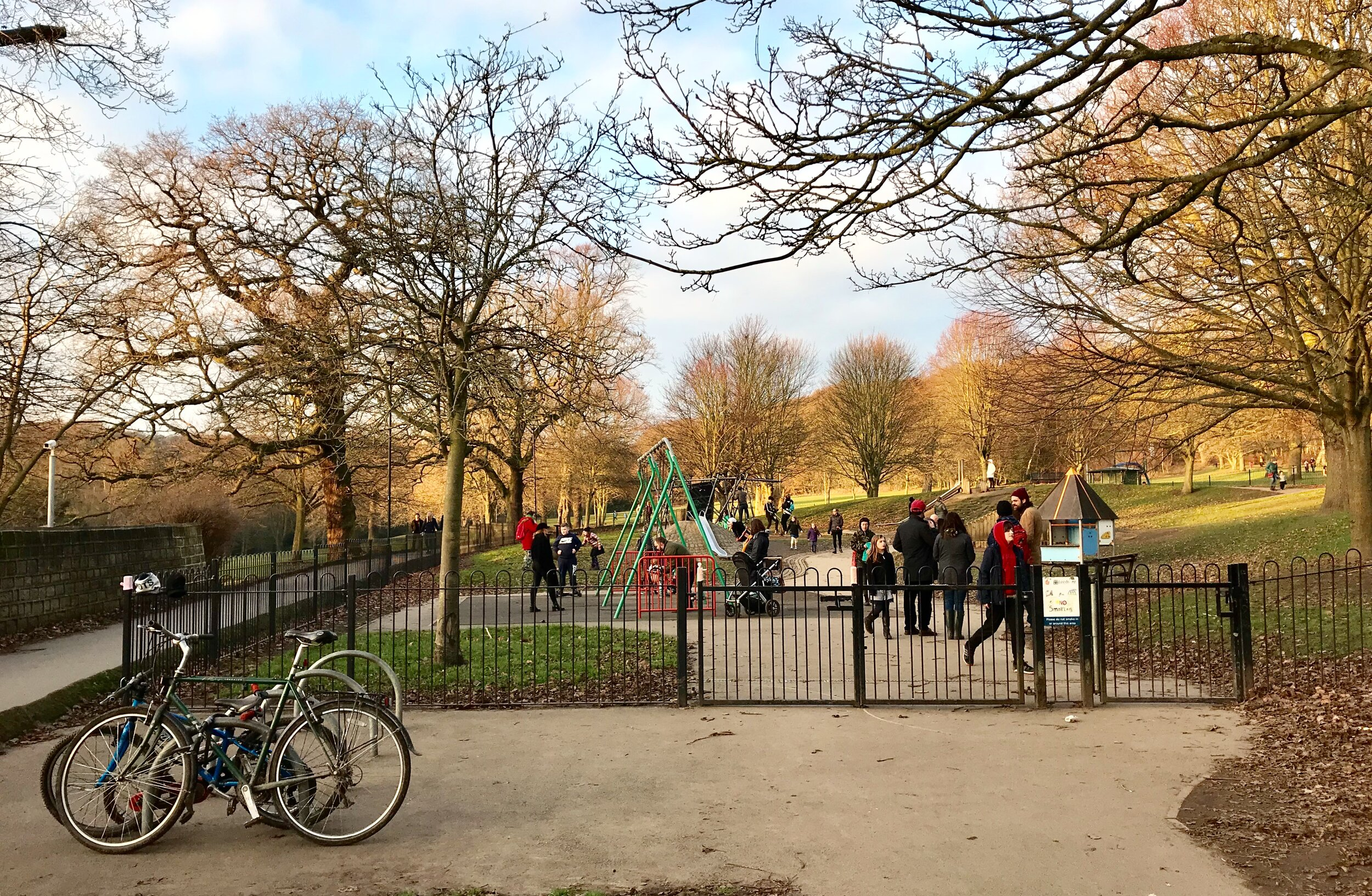 Playground, Meanwood Park © HP