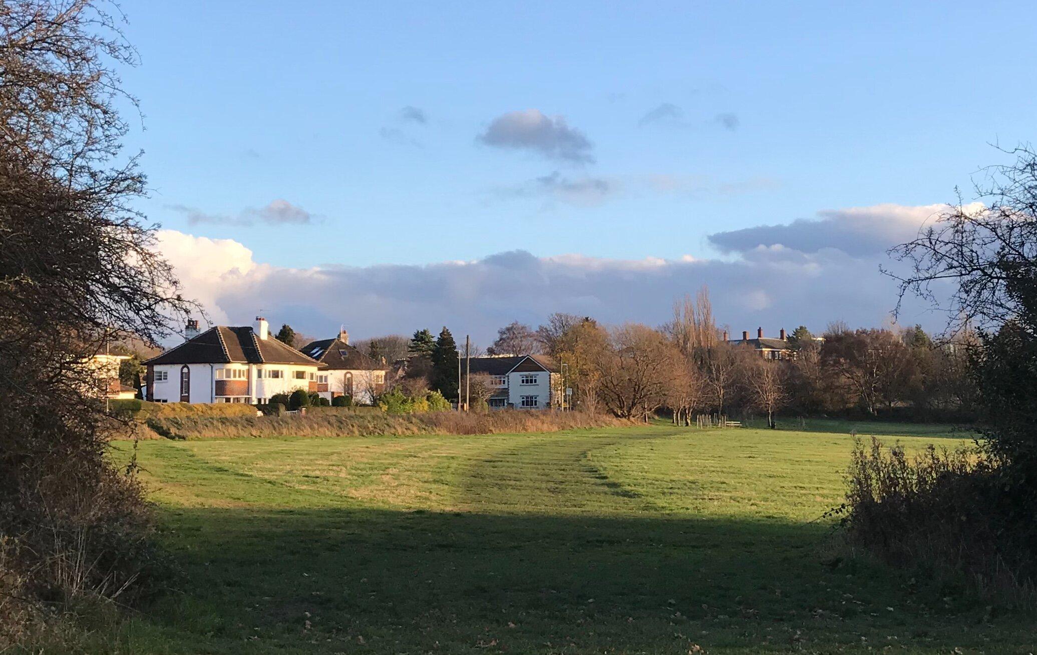 West Park Fields, Northolme Crescent © HP