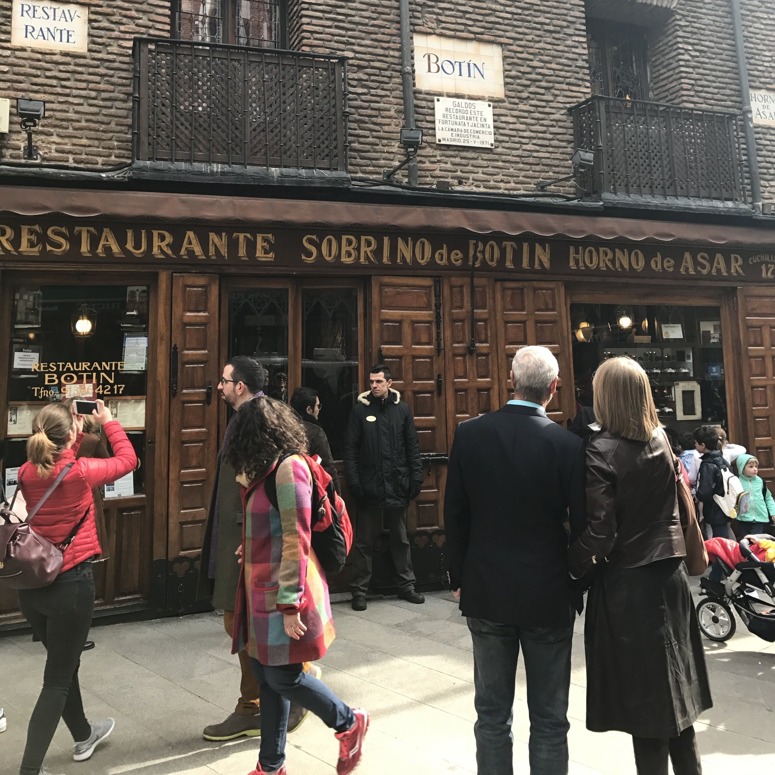 The oldest operating restaurant in the world