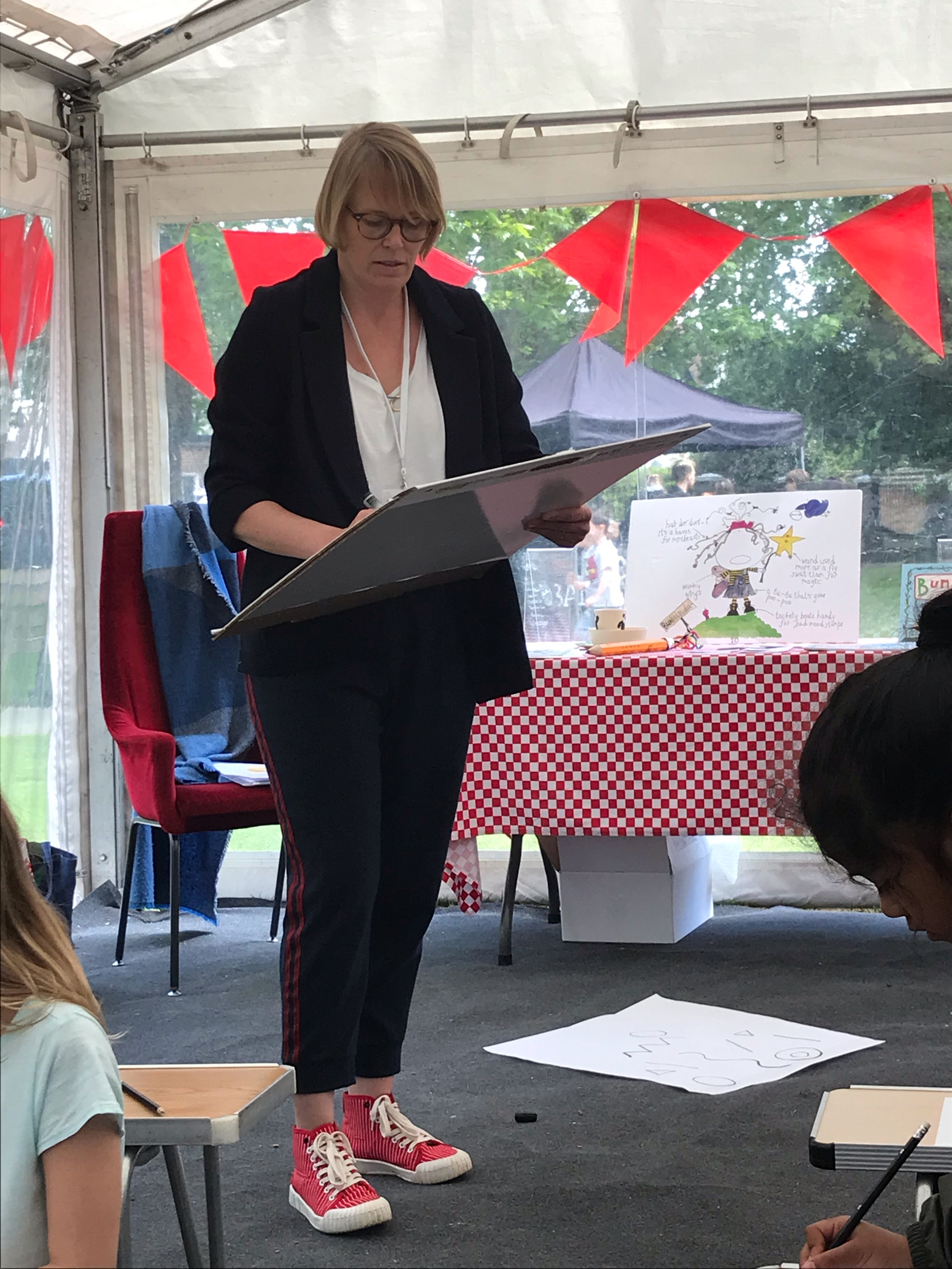 Drawing at the Barnes Children's Literary Festival May 2019