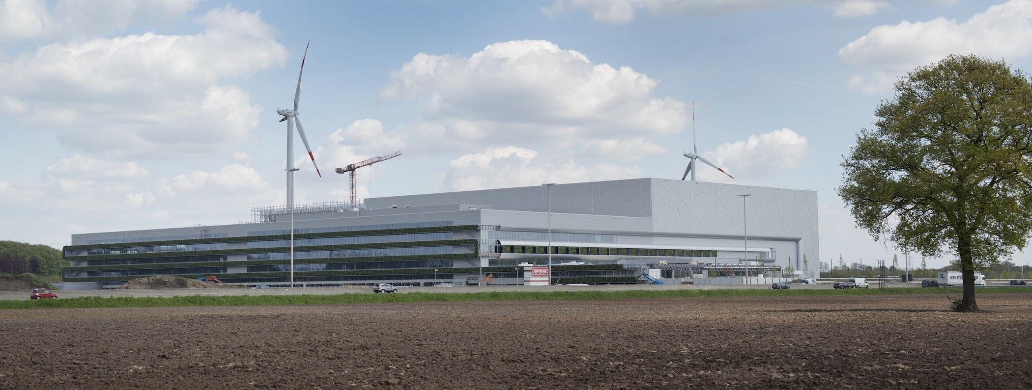 Exterior Living Wall on Nike's European Logistics Campus in Laakdal, Belgium