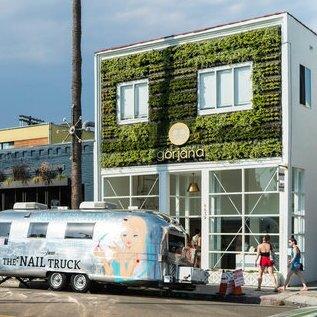 Outdoor Living Wall in Venice Beach, California
