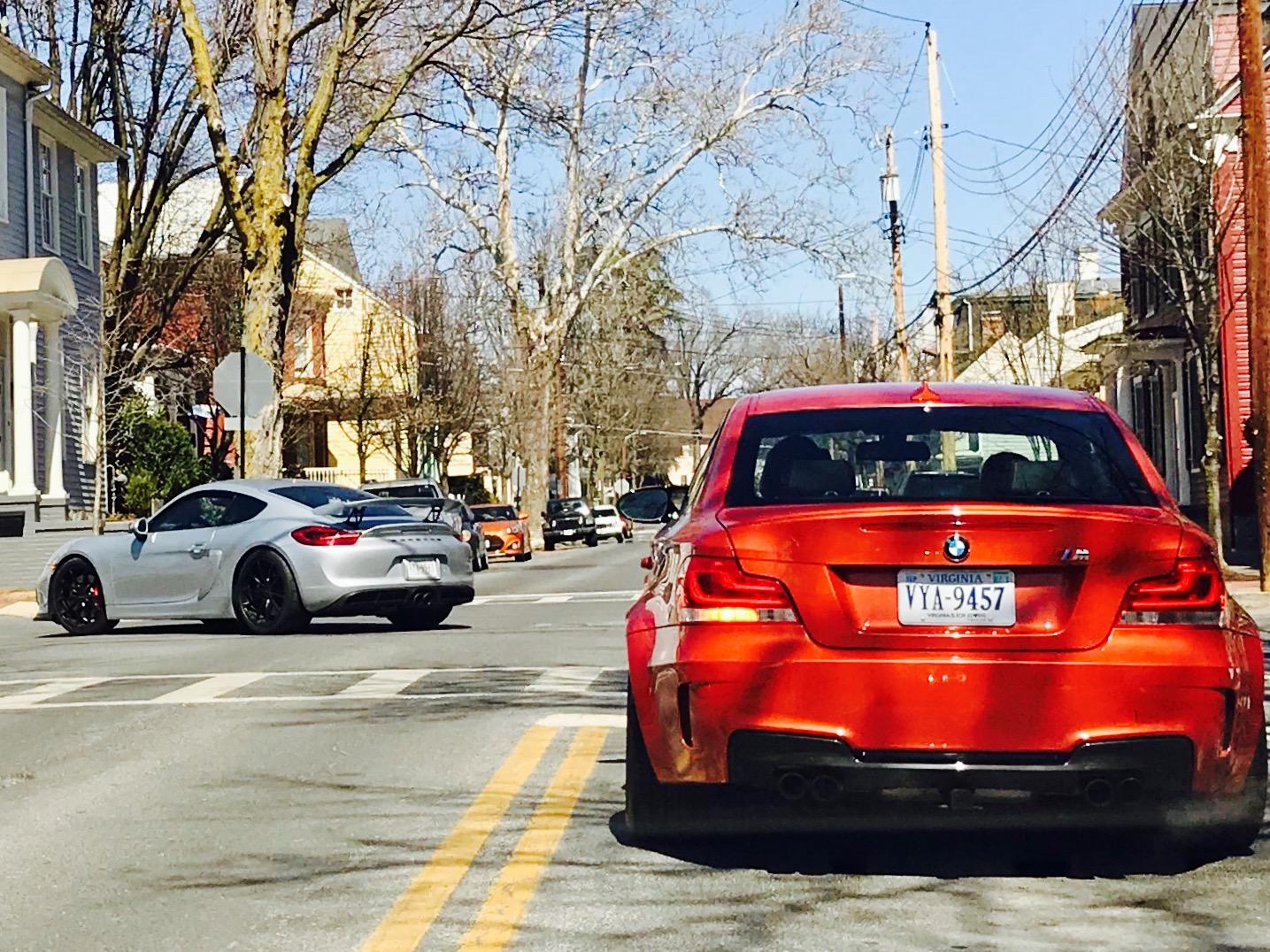 Cars leaving Winchester.jpg