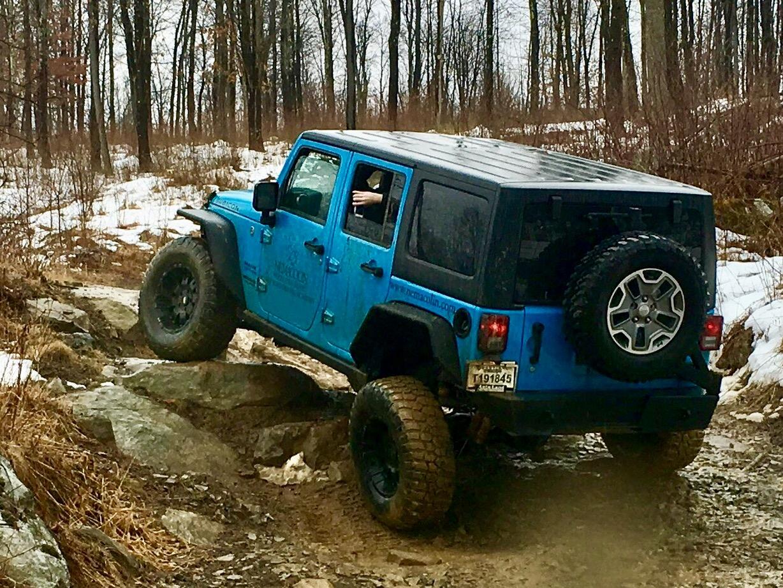 Jeep on rocks.jpg