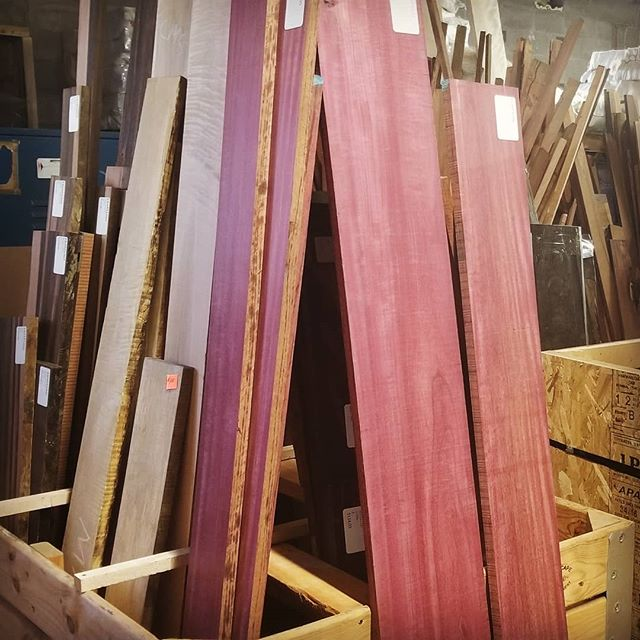Lumber is a girls best friend! (Well if you're a woodworker it is). And that's what I was up to today,  @rarewoodsusa. A little exotics to add to the mix, spice things up a bit! . . . . . #exoticwood #wooddesign #womeninwoodworking #creativityfound #handmade #shoplocal #livesimply #207 #mainemade #islandmade #neverstopcreating #handsandhustle #designermaker #makersmovement #makerslife #diy #woodisgood #spice #rarewoods #shoppingday