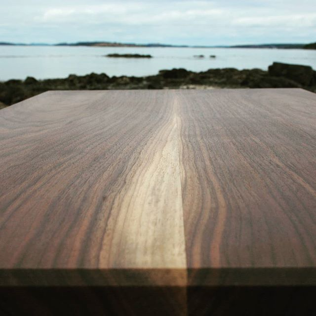 'Horizon' - beauty in the grains of wood. . . . . . #maine #simpleandpure #ocean #water #island #horizon #wood #coastalliving #makelifebeautiful #designermaker #handmade #handsandhustle #womeninwoodworking #art #artfulhome #newenglandlife #islandmade #christinamvincent #happyplace #shoplocal #mainemade #furniture #lifestyle