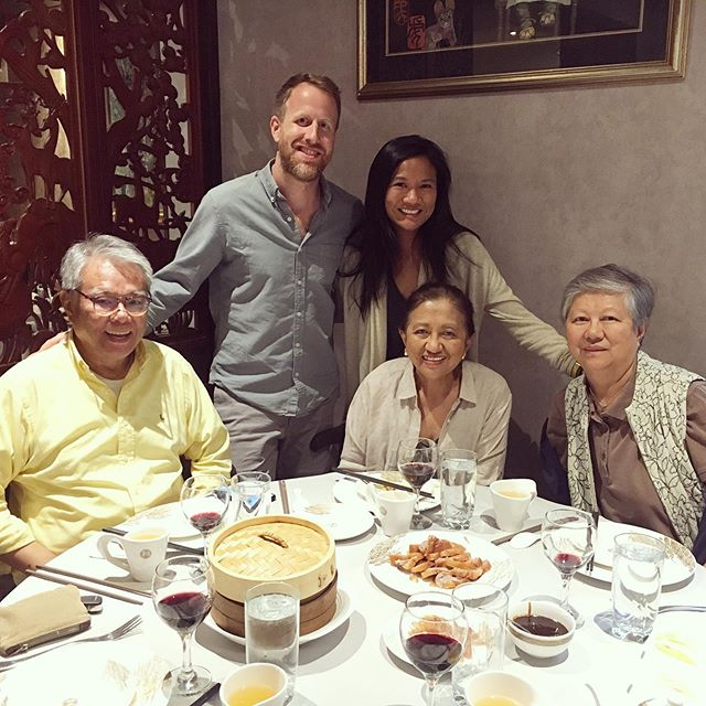 A little late posting but a family photo from celebrating Mom's birthday + Pa's Day. Not pictured was the most delicious Peking duck dinner EVER. 🏃🏻‍♀️ don't 🚶🏽‍♂️ to @hwa.yuan.nyc! Highly recommend!