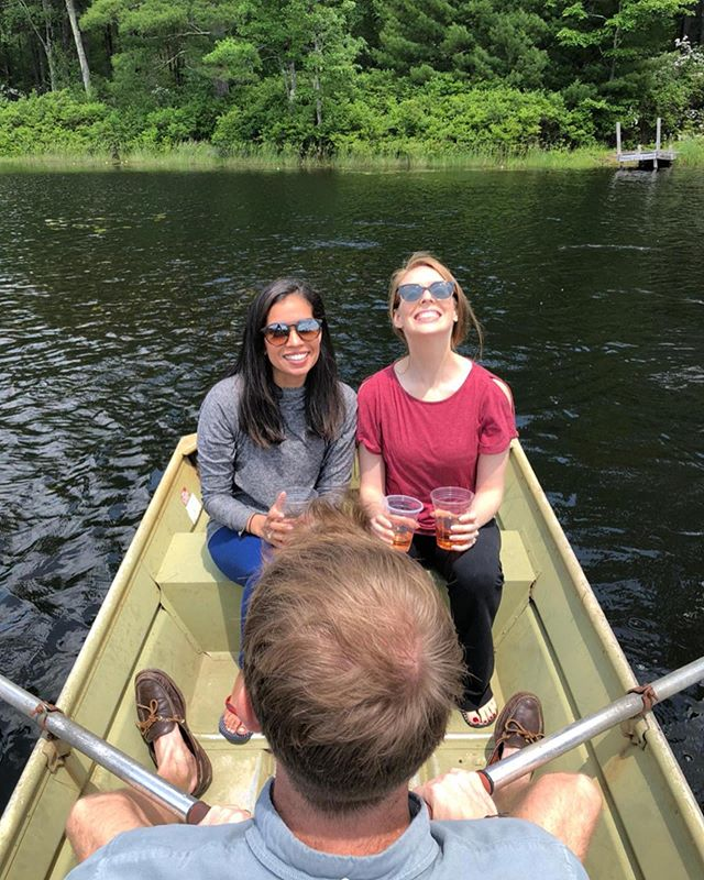Cheers to lake life! 🛶💦🍾 #cabinlife #cabinvibes